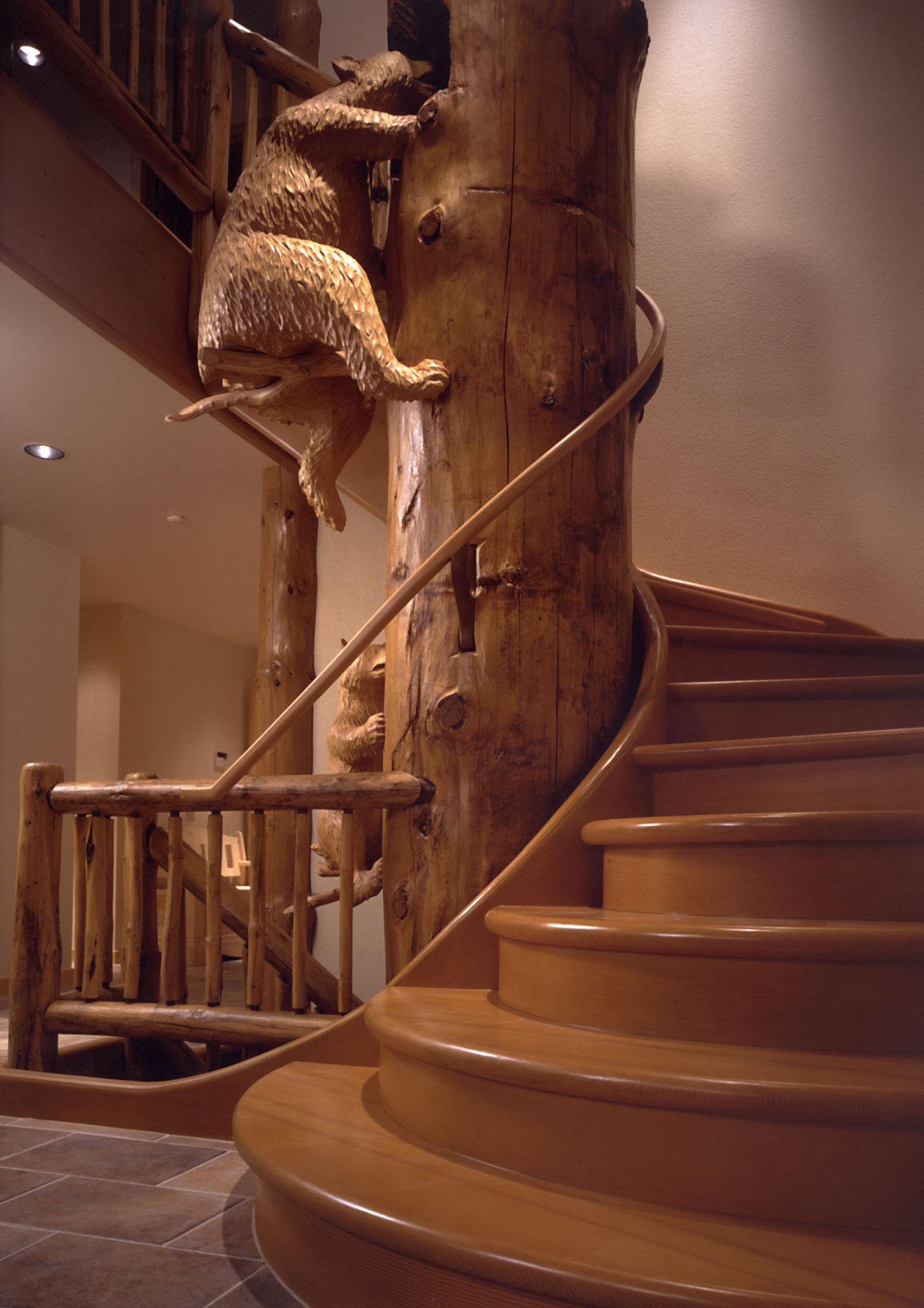 Holzskulptur Bär lebensgross