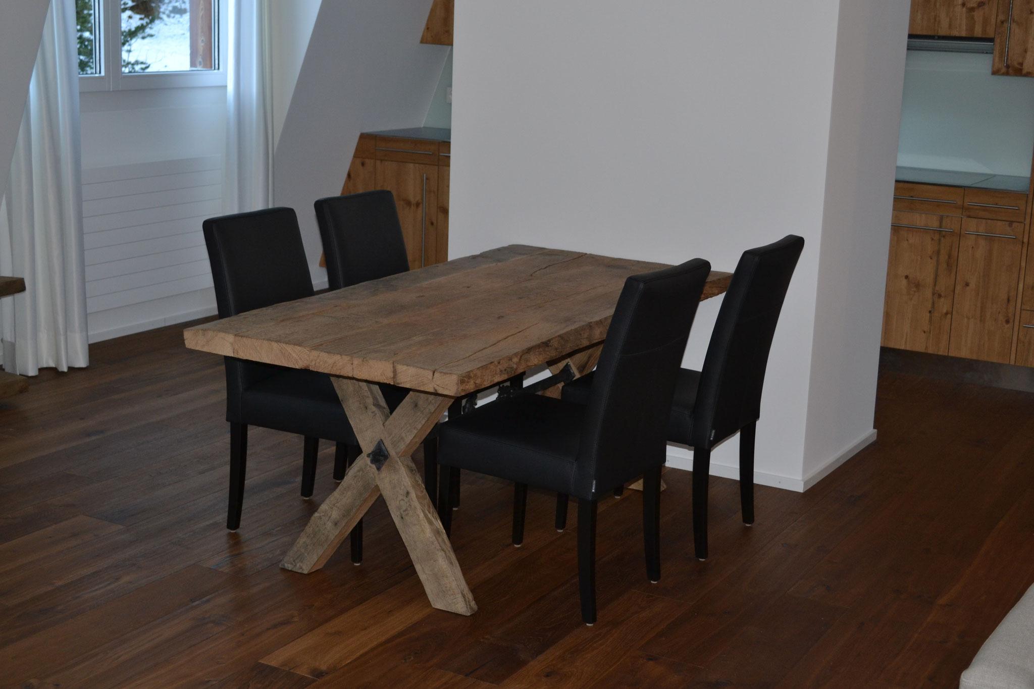 Tisch X Altholz