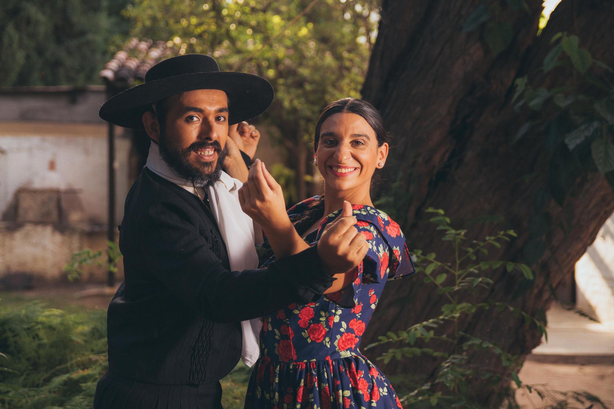 Victoria Matta & Mario Martinez - Folklore