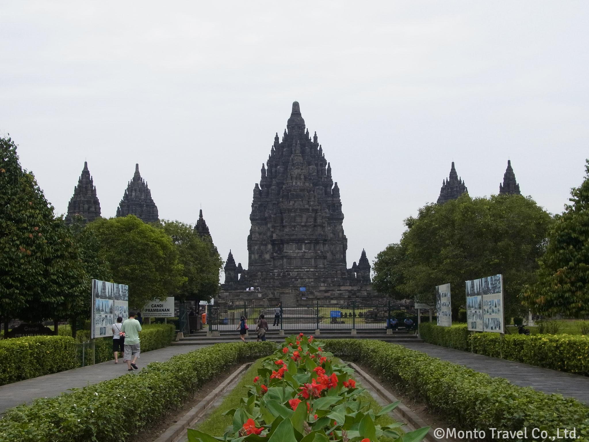 プランバナン寺院群