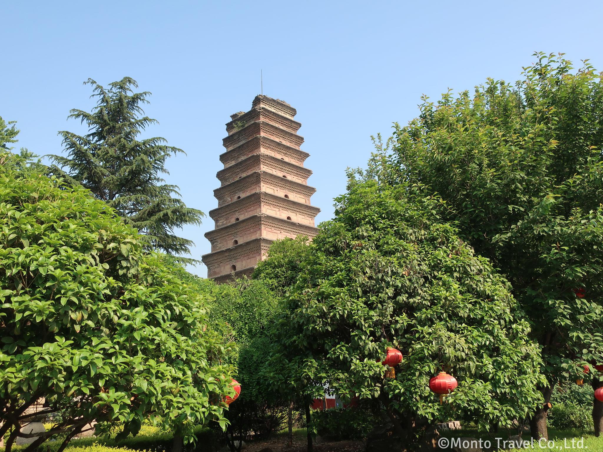 香積寺の塔