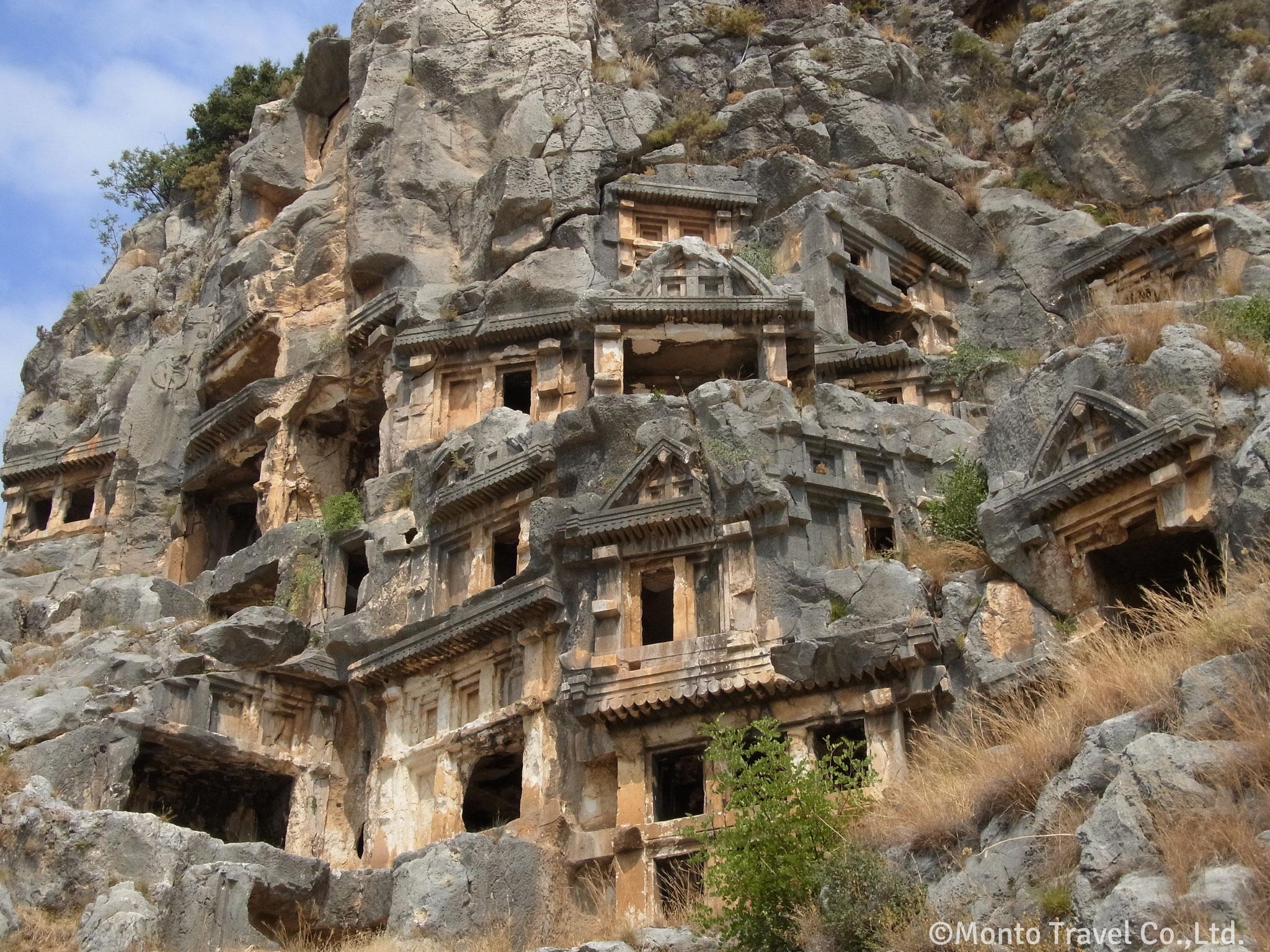 ミュラ遺跡  古代リキア人の岩窟墓