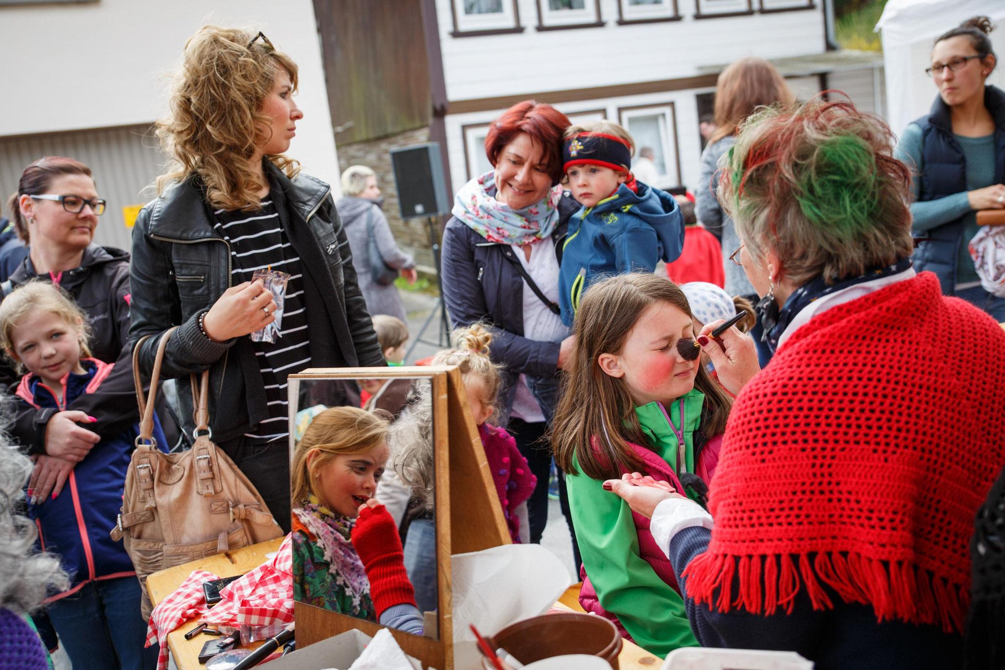 Kinderwalpurgis auf dem Hübichplatz - Foto: Andy Happel