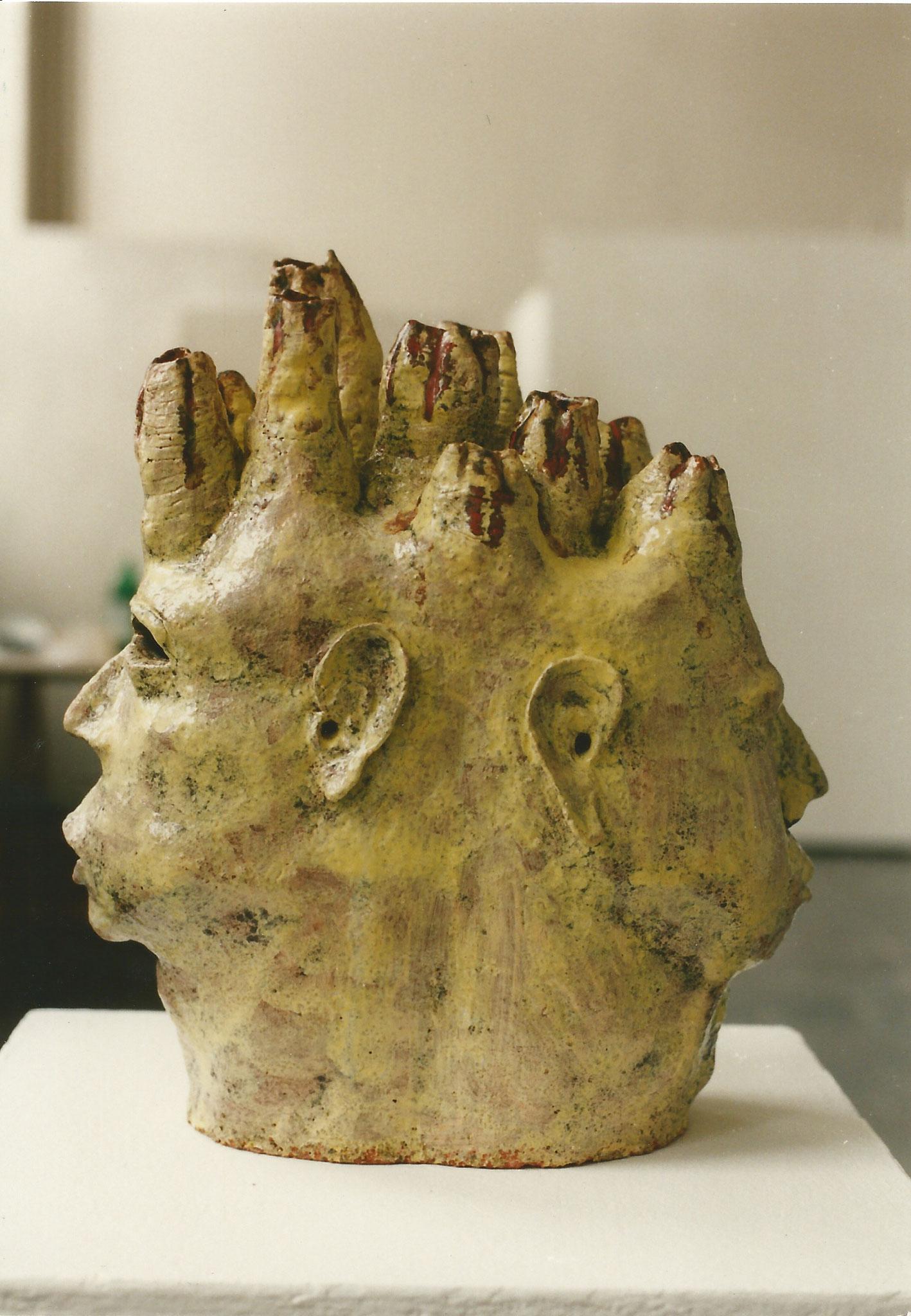 Januskopf Nr.2, 1996, Keramik glasiert, (38,5 x 32,4 x 19 cm)