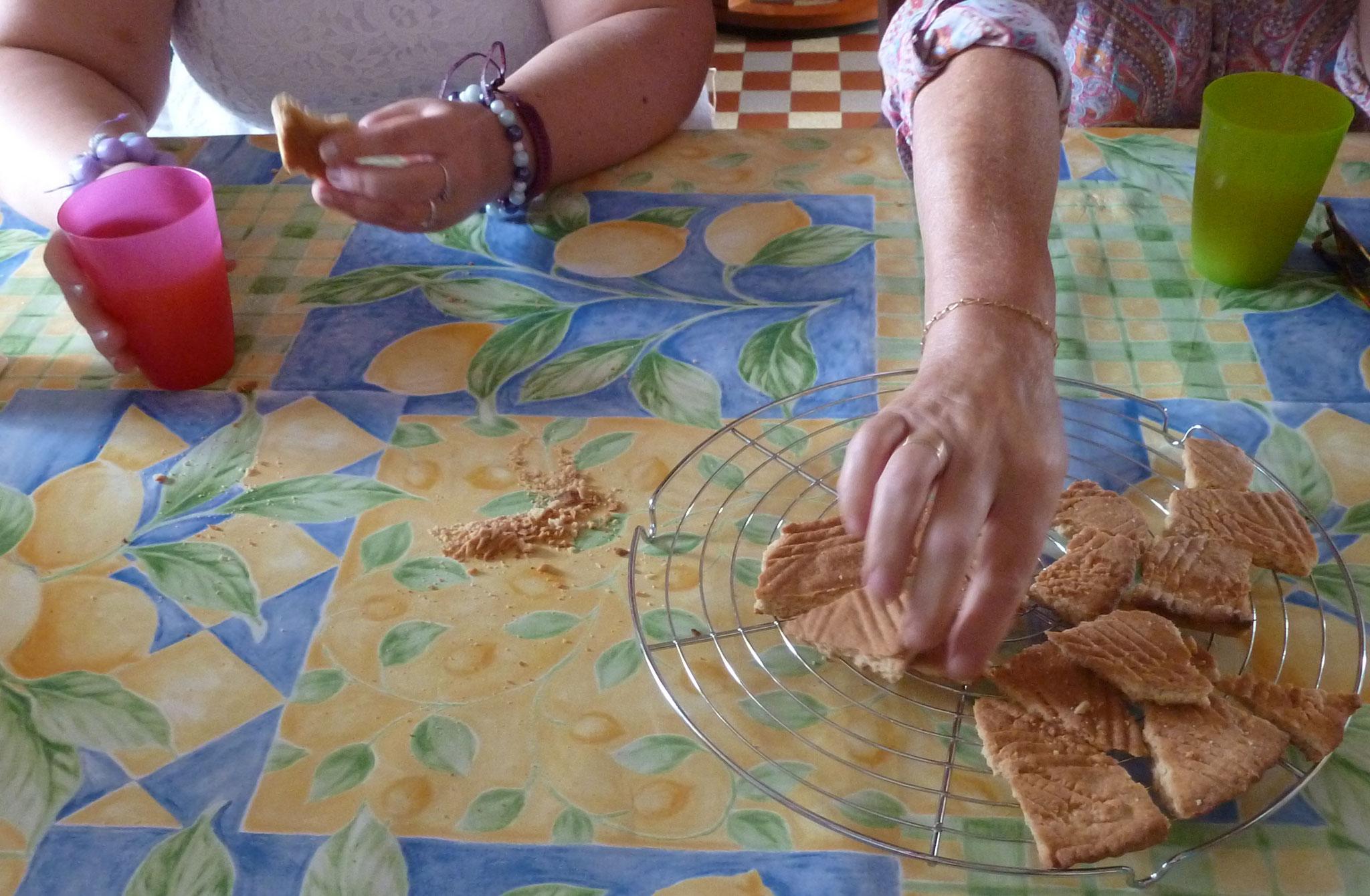 Dégustation des gâteaux réalisés