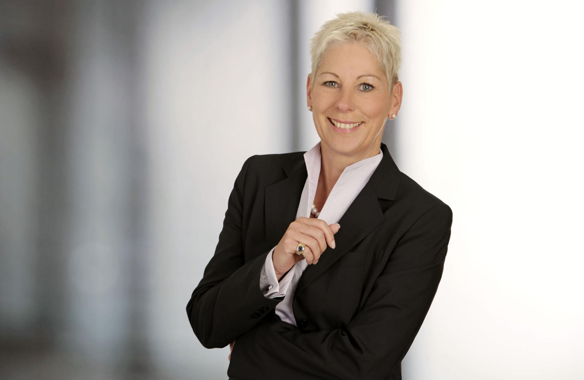 Petra Schreiber, Präsidentin bvfsi, Karriere, Image- und Persönlichkeitstrainerin, 61368 Schmitten/Ts.