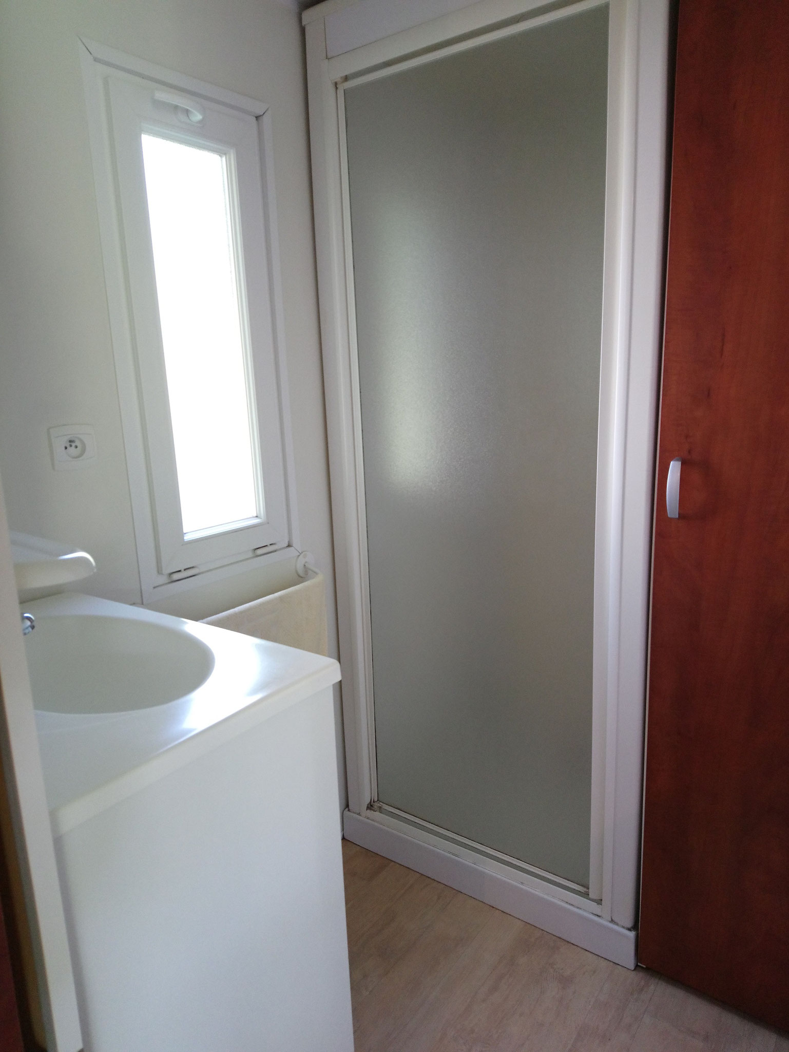 Sympa 24 - salle d'eau