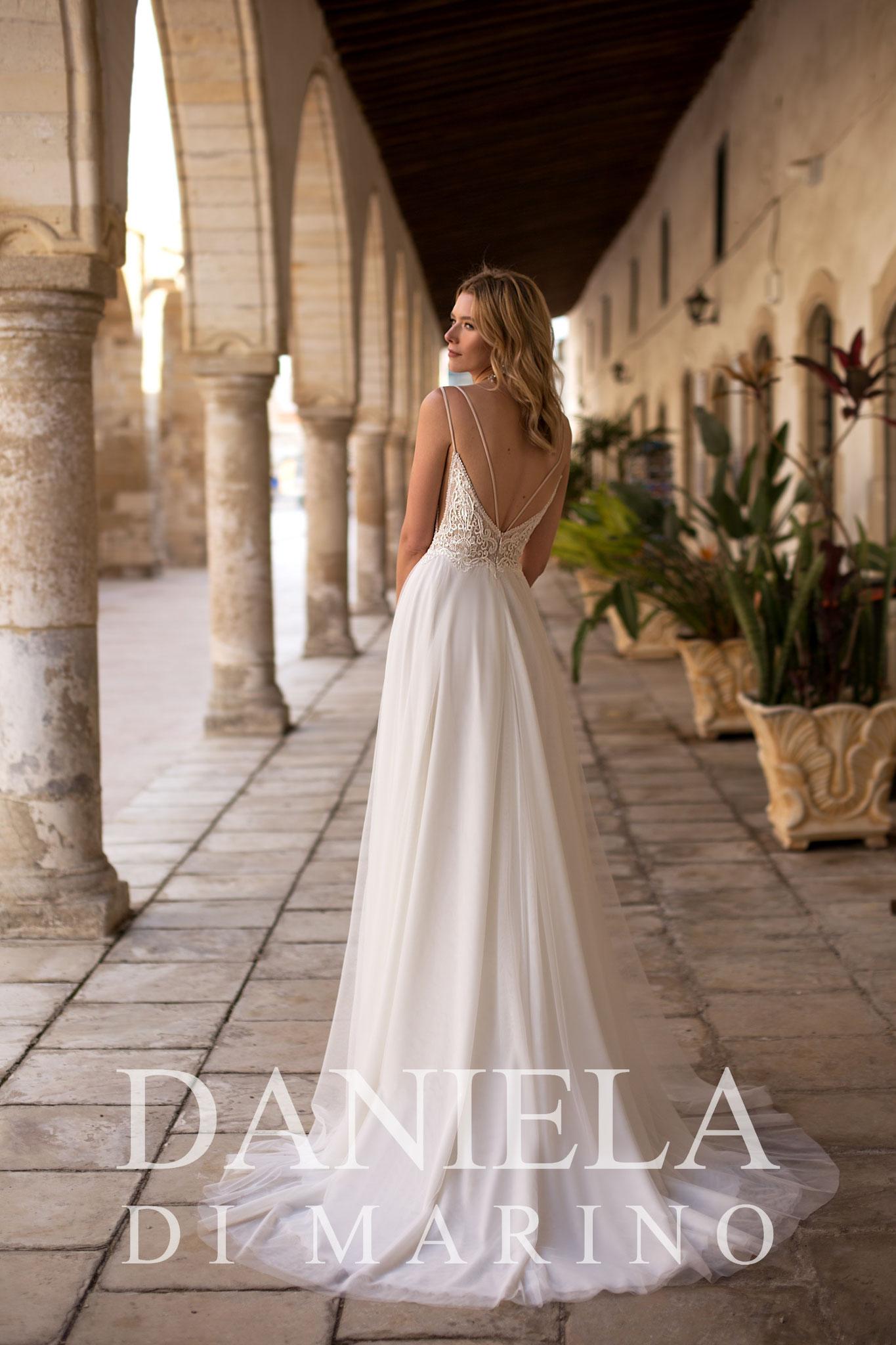 creme Hochzeitskleid München günstig top Qualität