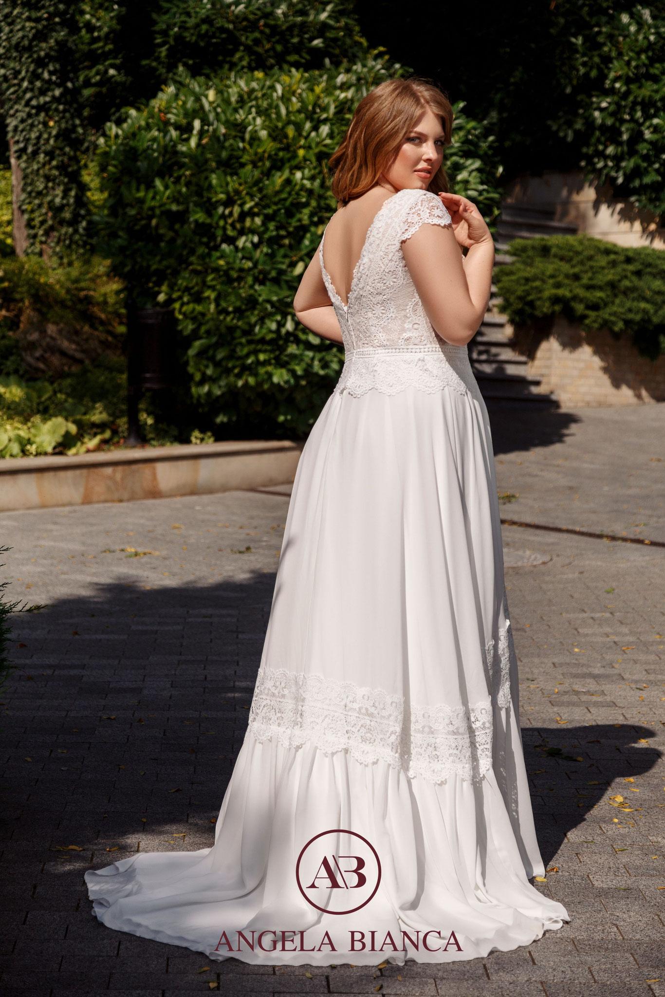 Rückenausschnitt Curvy Braut XL außergewöhnliches Brautkleid bequem Baumwolle ivory