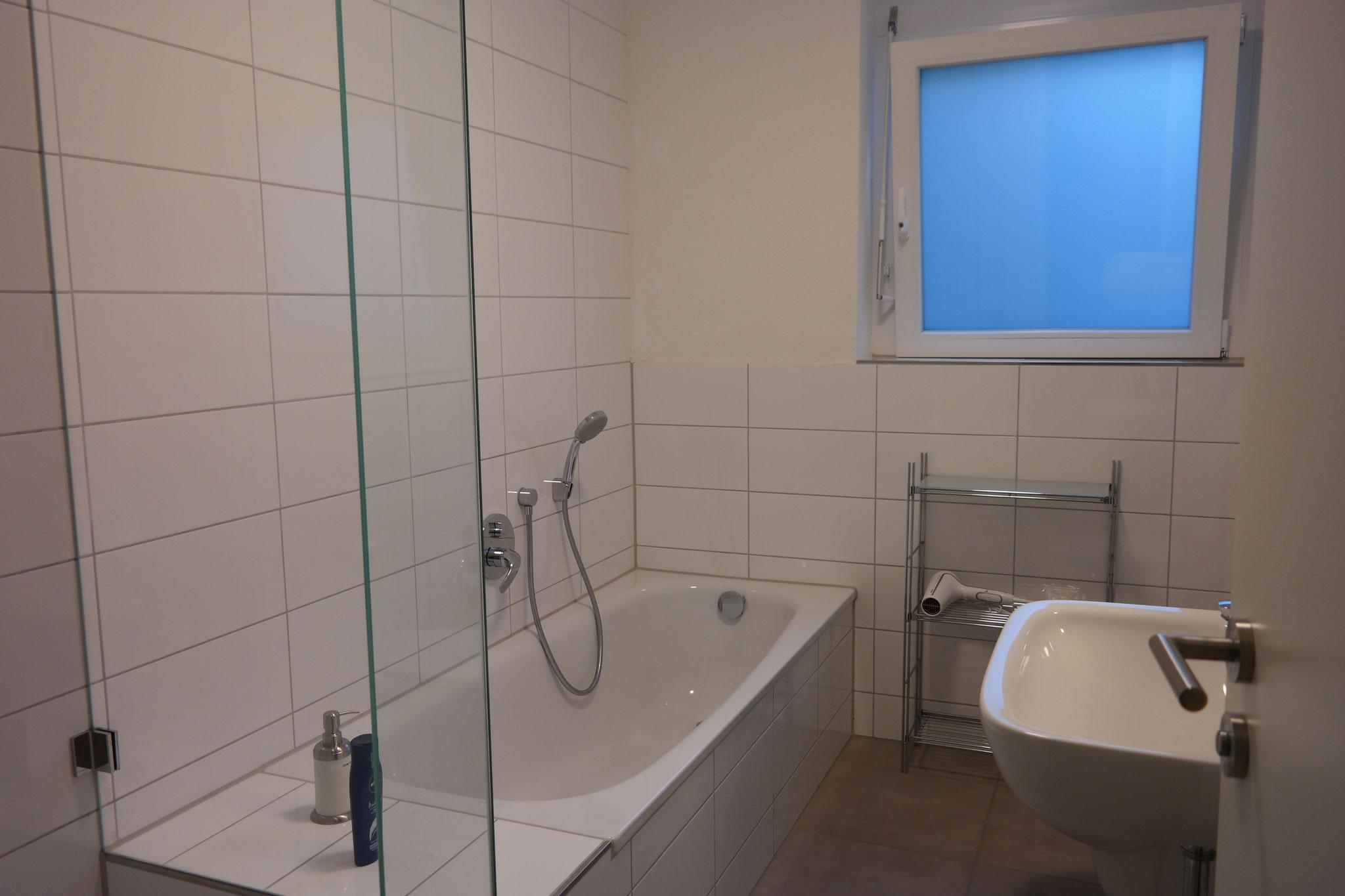 and bath tub