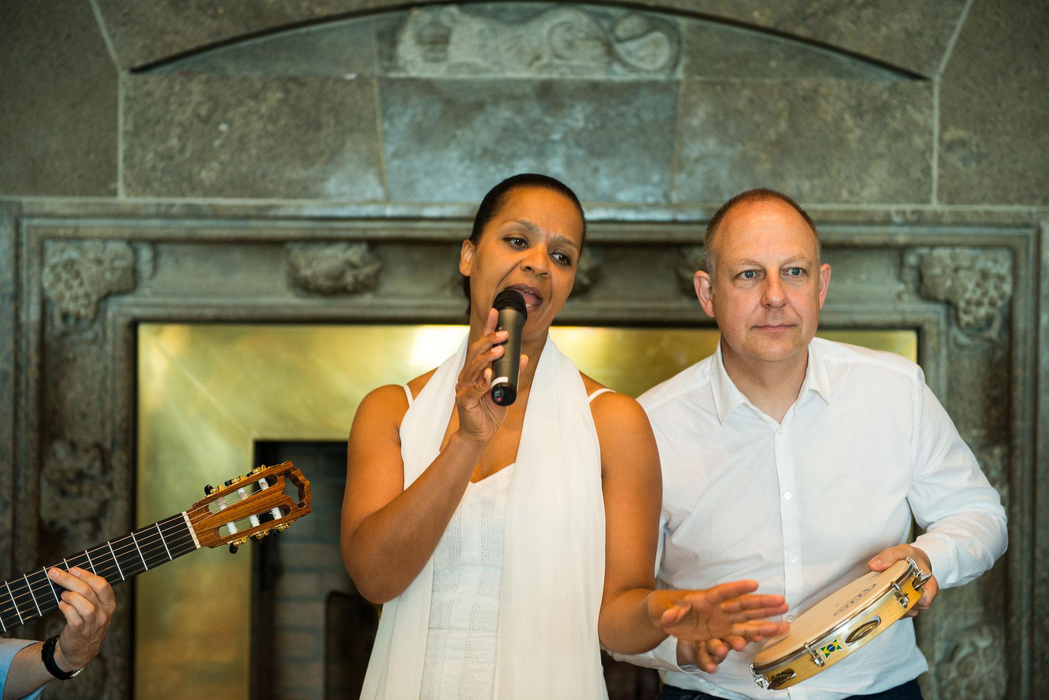 Felicia Touré (voc) - Jürgen Peiffer (perc)