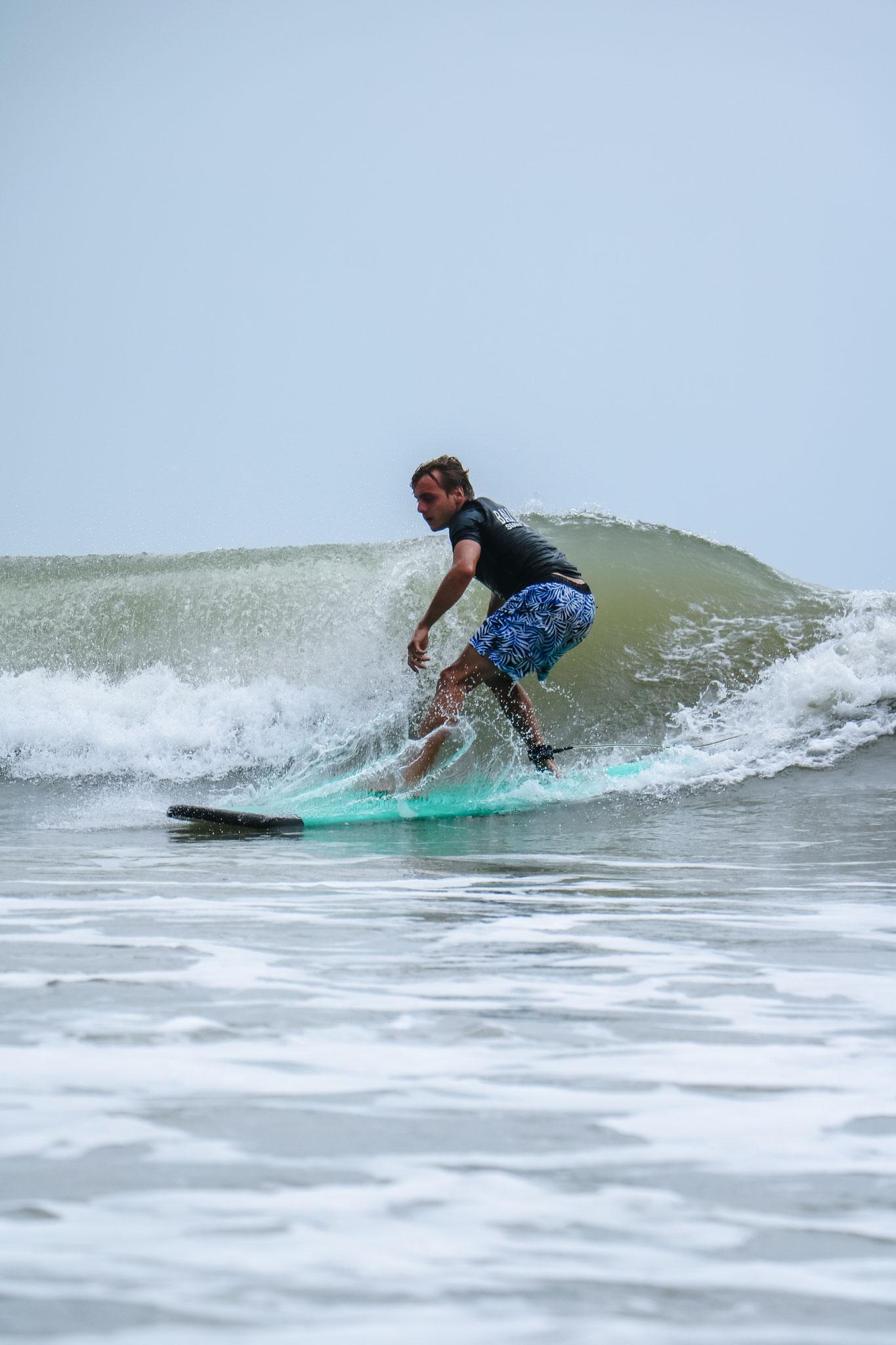 Anfängerstunde Surfen Seminyak
