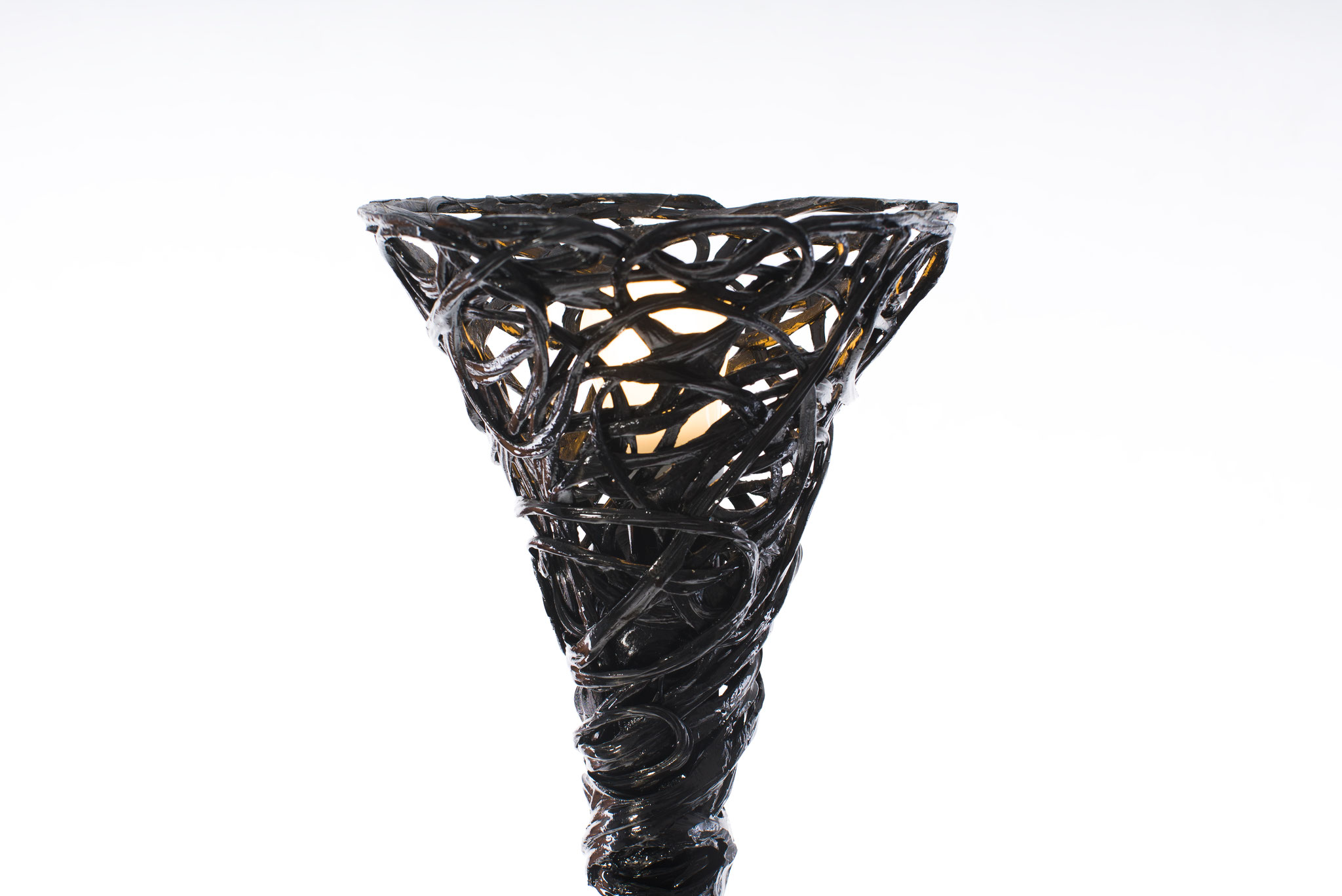 Constructive expressionism floor lamp, made out of carbon fiber and epoxy resin, H: 240cm, W: 30cm, L: 30cm