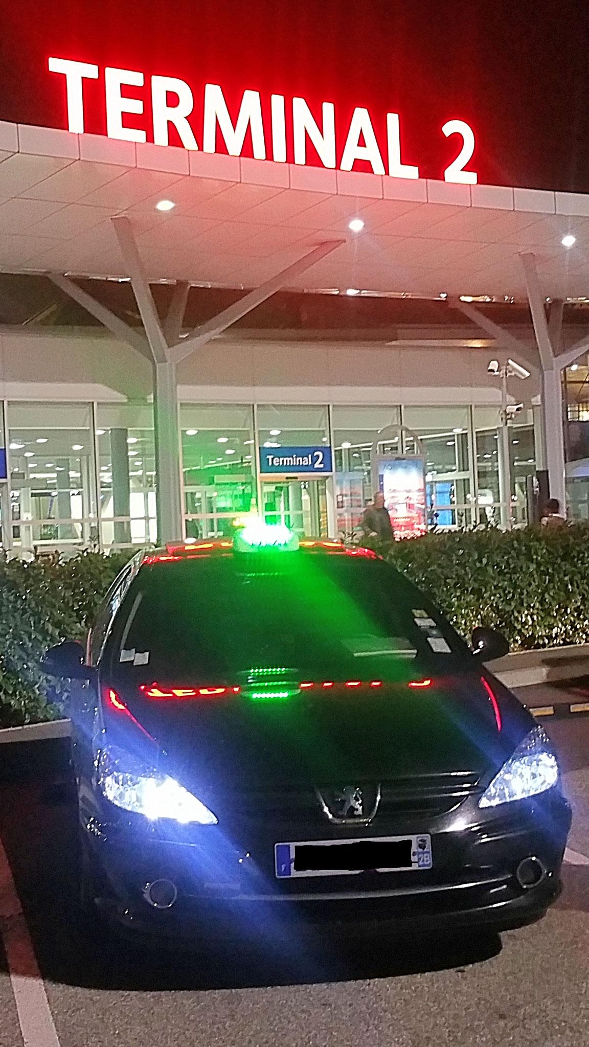 Taxi Lyon Pro 607
