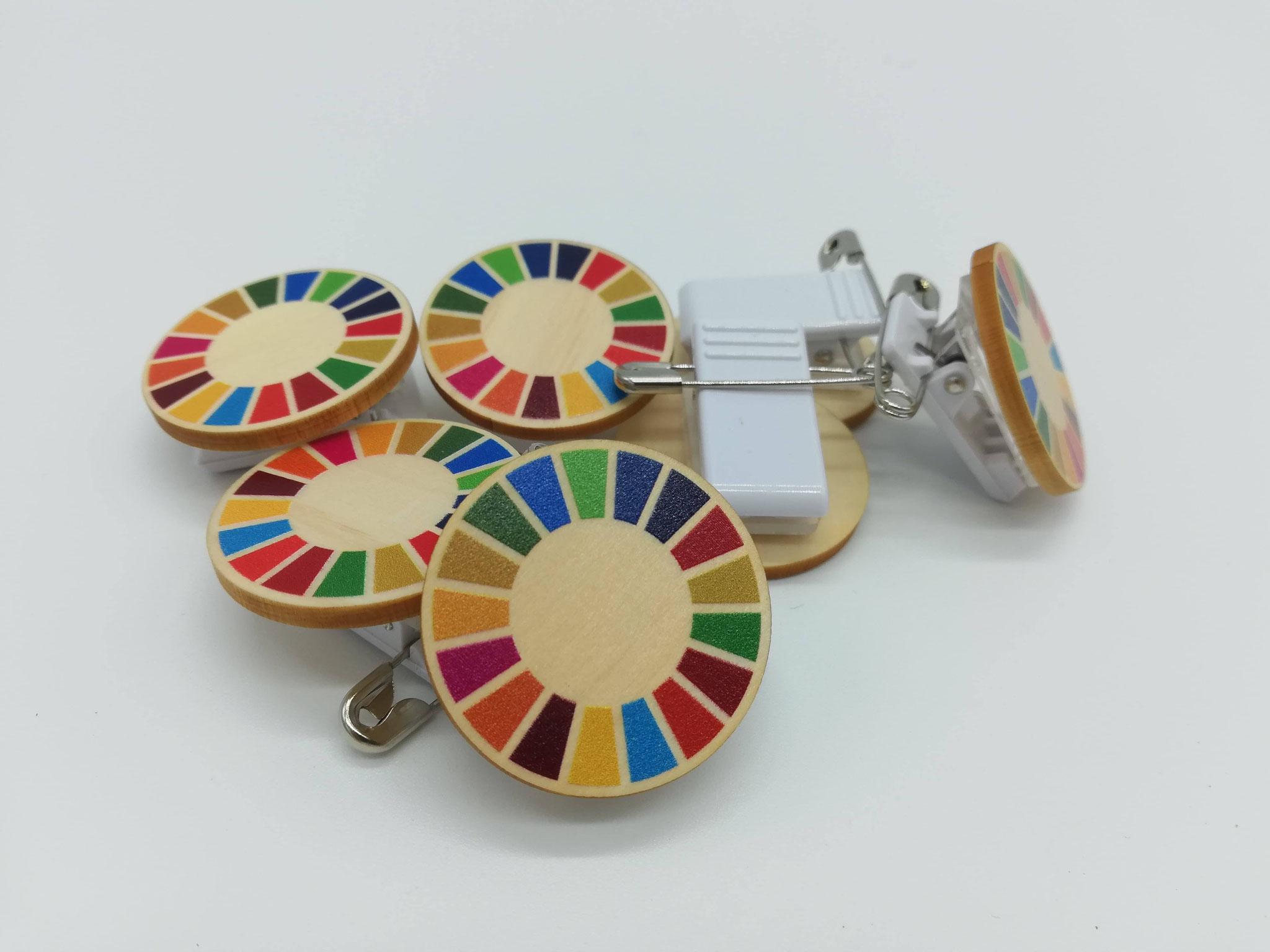 SDGsクリップバッジ(国産間伐材ヒノキ)