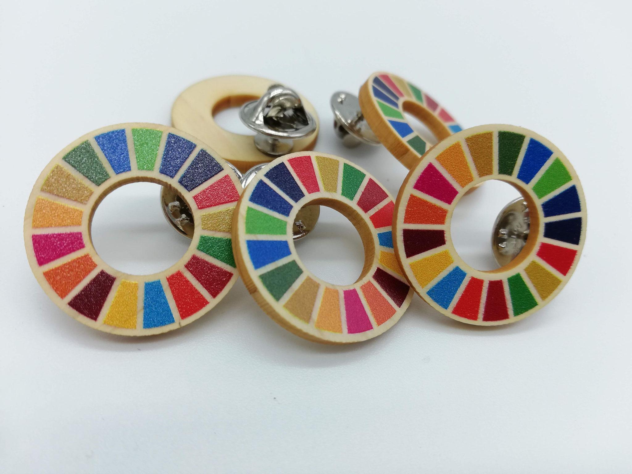 SDGsピンバッジ(国産間伐材ヒノキ)