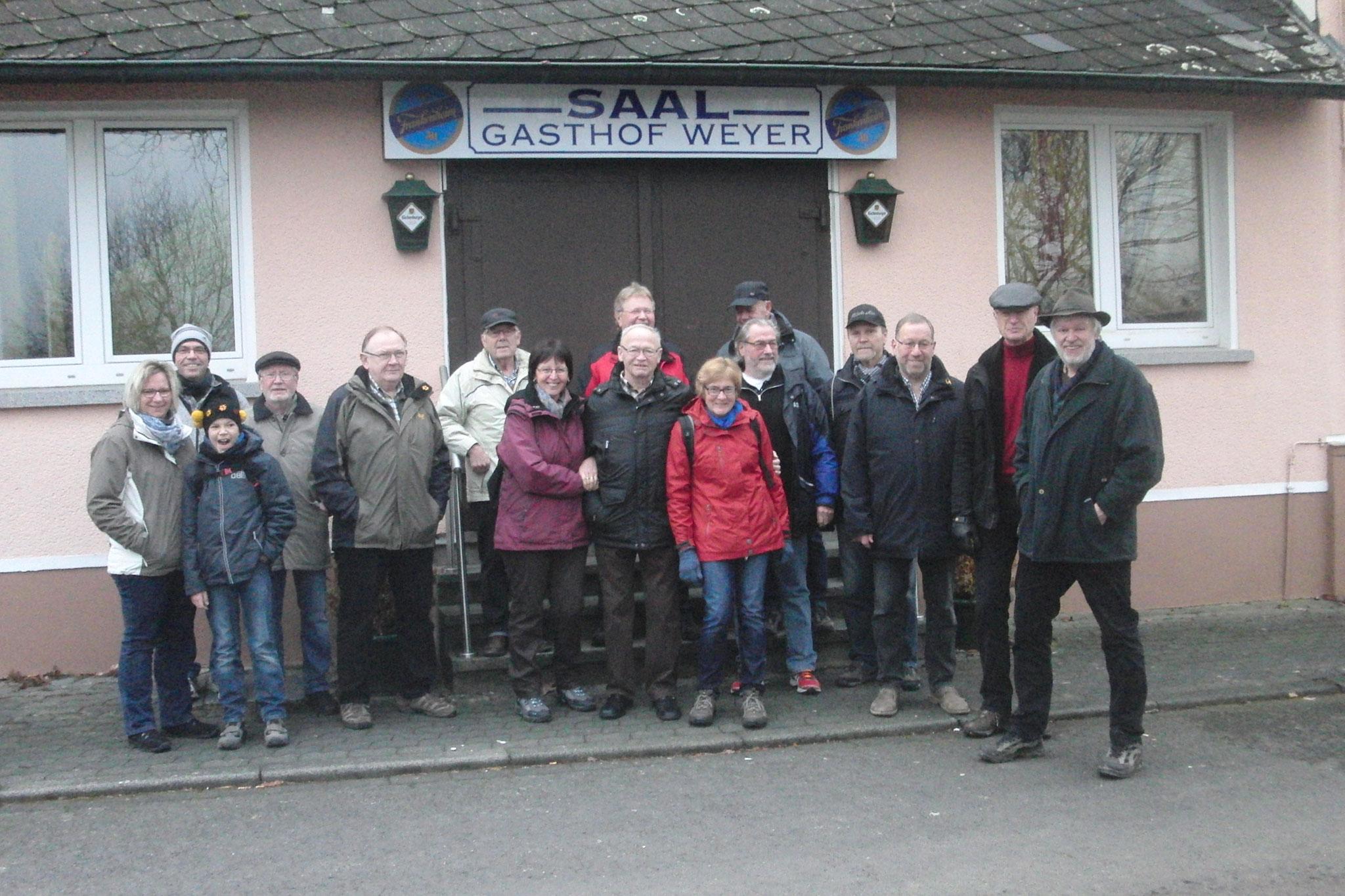 Start zur Winterwanderung Hattert-Marienstatt-Hachenburg-Hattert