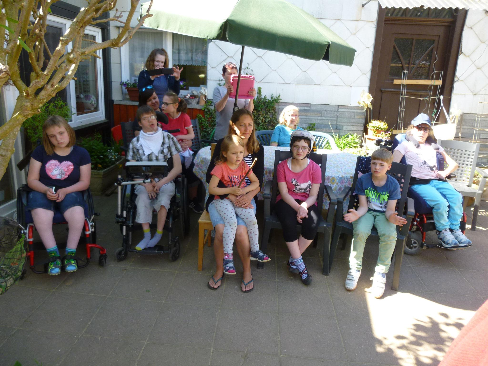 Der MGV ist im Haus Pumuckel von Kindern und Betreuerinnen gerne gesehener Gast.