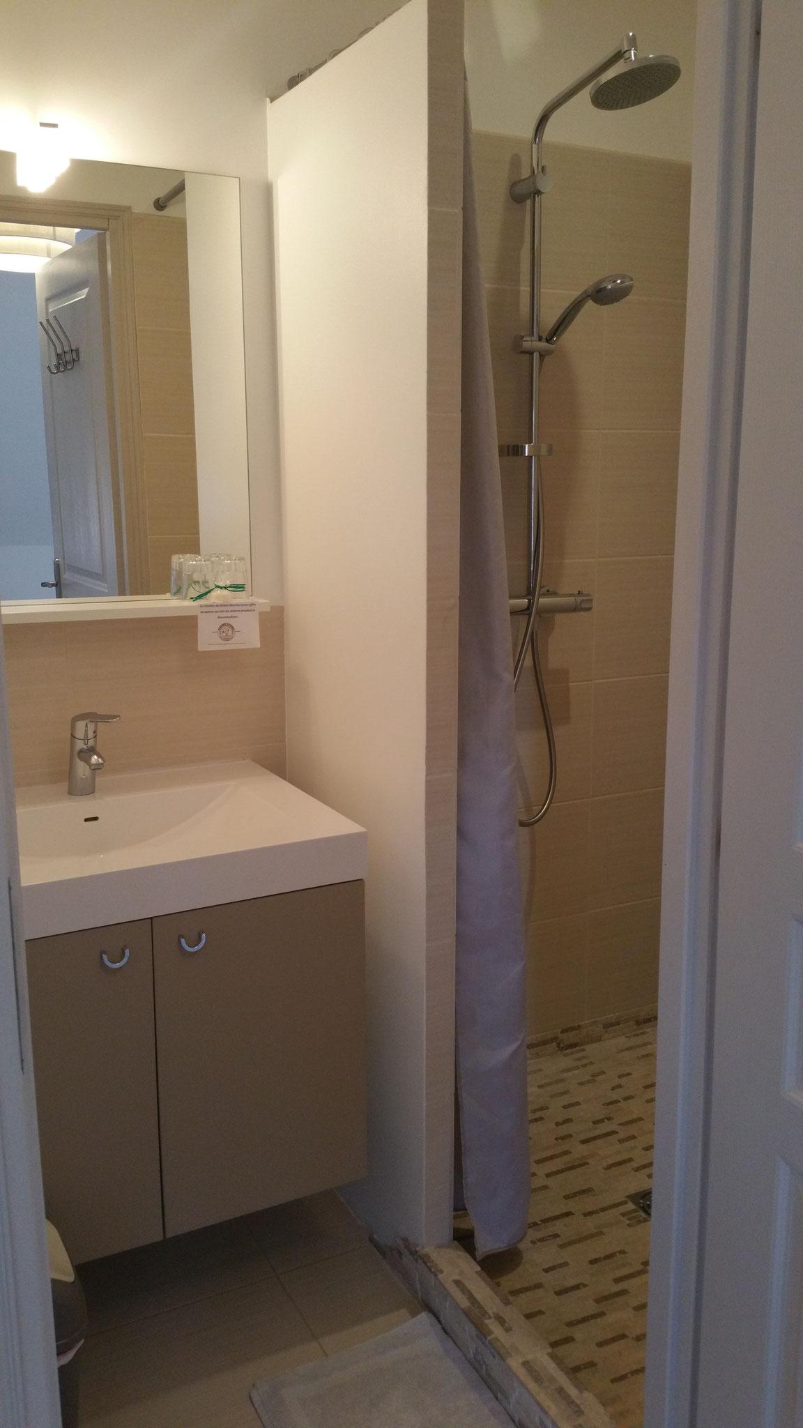 Douche chambre Causse