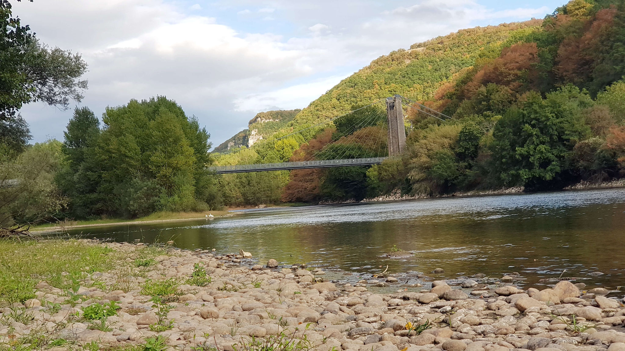 La pesca en el río Dordoña cerca del Cuvier de Saint Martin