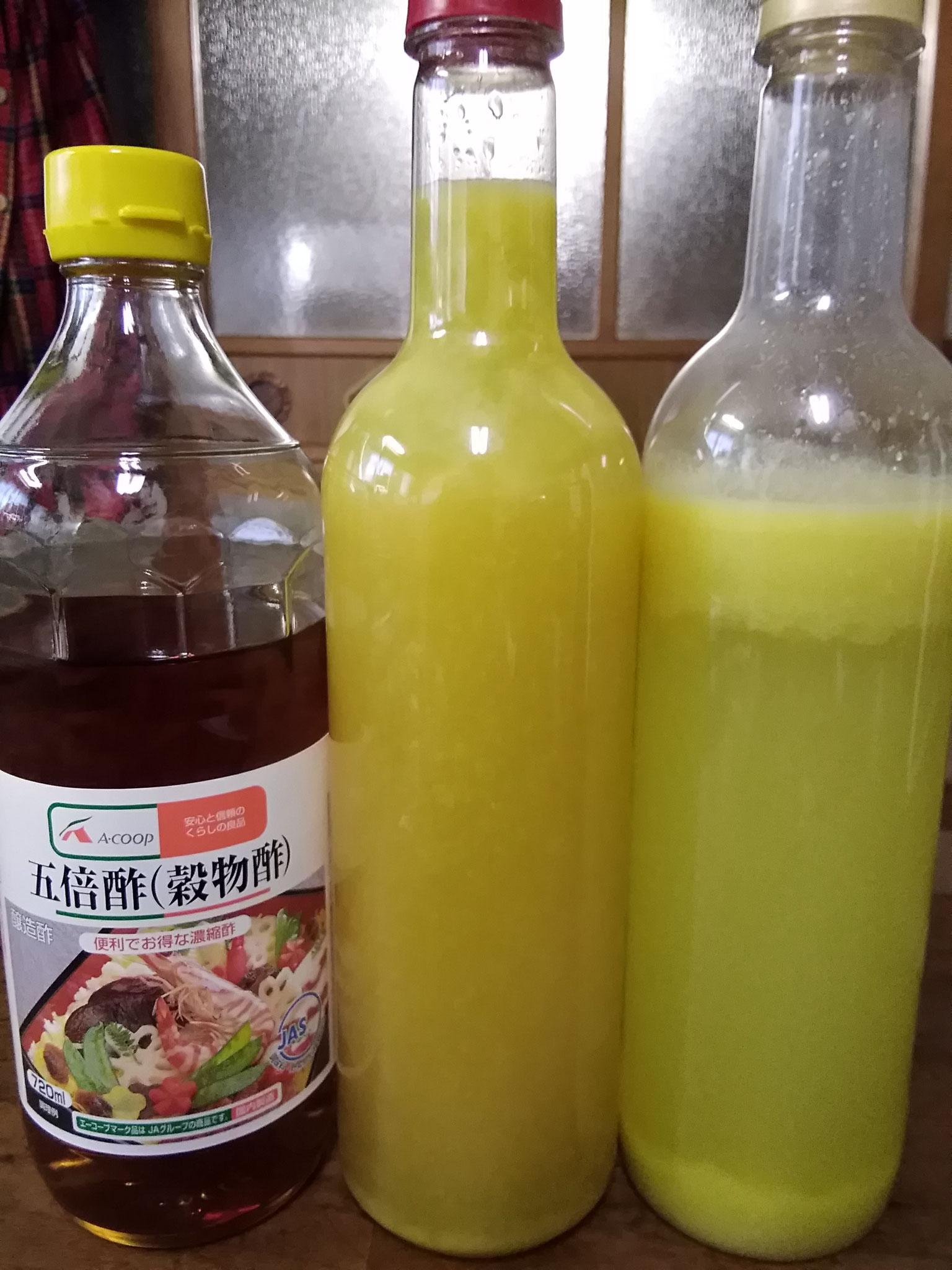 柚子汁。「南半球絞り」で香りを汁に移し、五倍酢を入れて保存性を高めます。