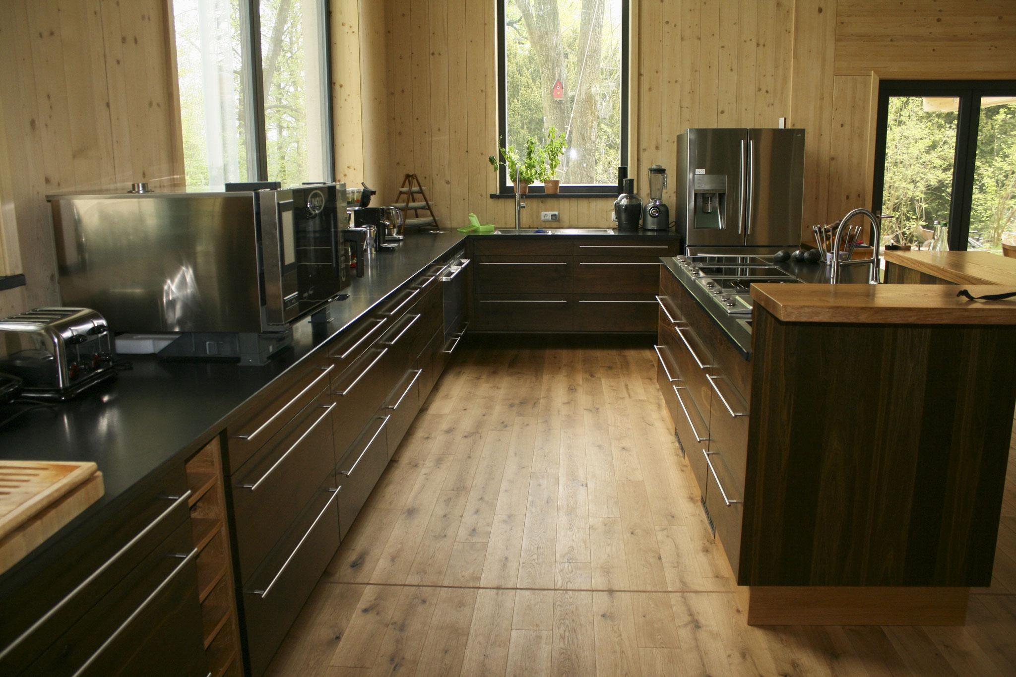NUR-HOLZ-Haus, Einbauküche