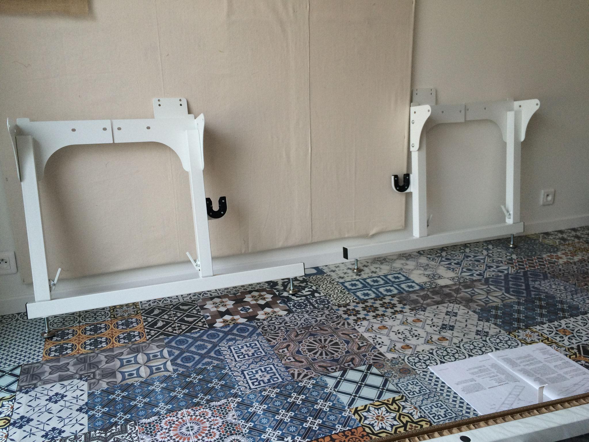 Le début du montage de la long arm de l'atelier Le Quilt émoi. Assemblage des pieds.