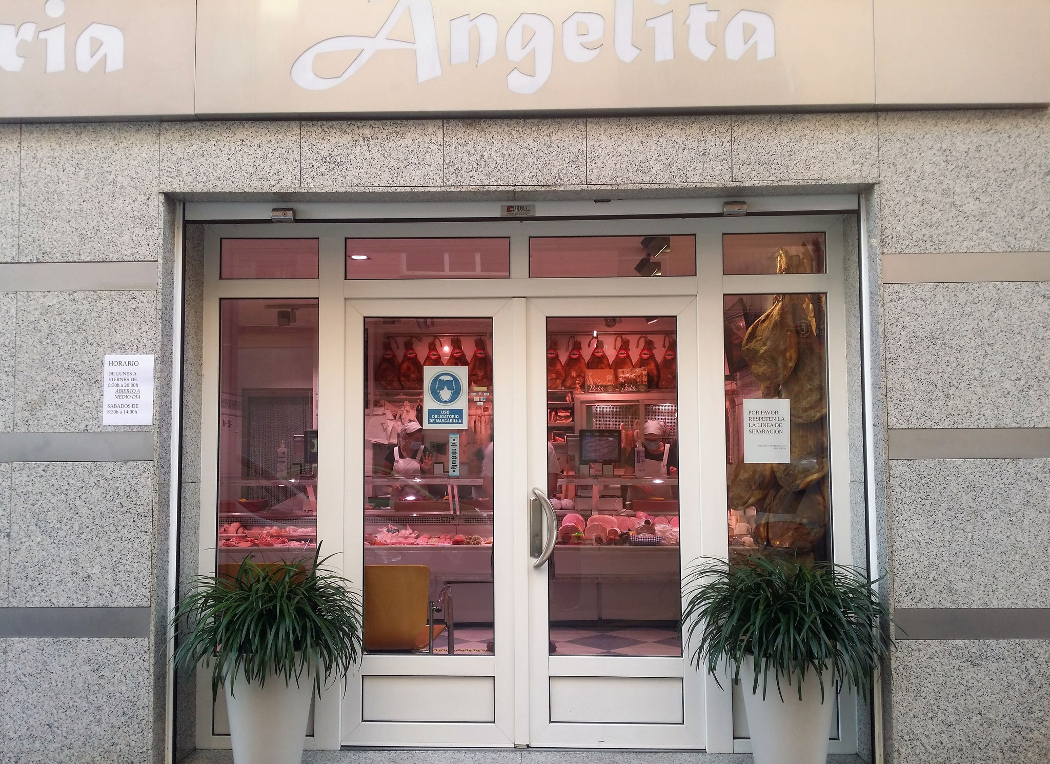 <b>Carnicería Angelita</b><br>Carnicería Tradicional