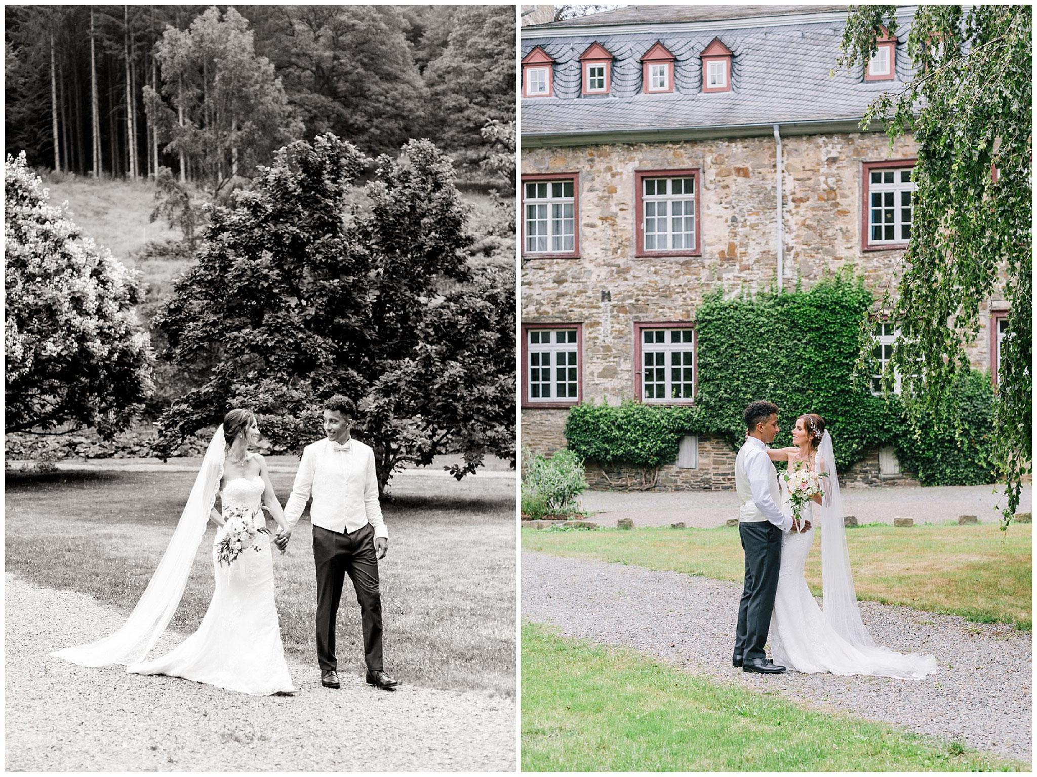 Brautpaar läuft durch Schlosspark schloss gimborn hochzeitsfotograf Engelskirchen industrial chic hochzeit fine art wedding Galerie Hammerwerk jane weber