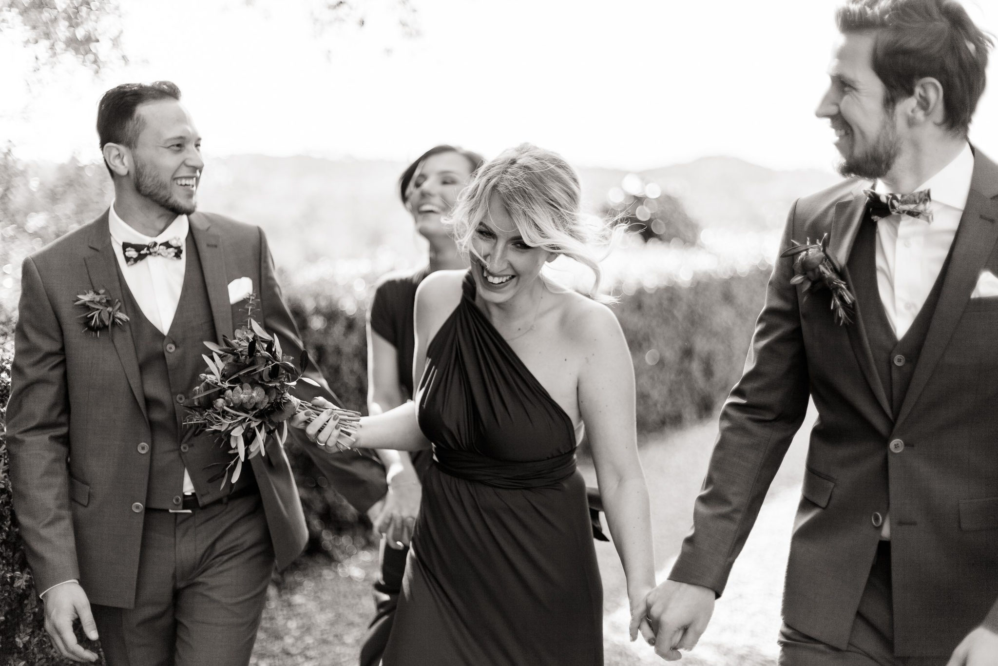 hochzeitsfotograf Italien Jane weber destination wedding bridal party bridal gang
