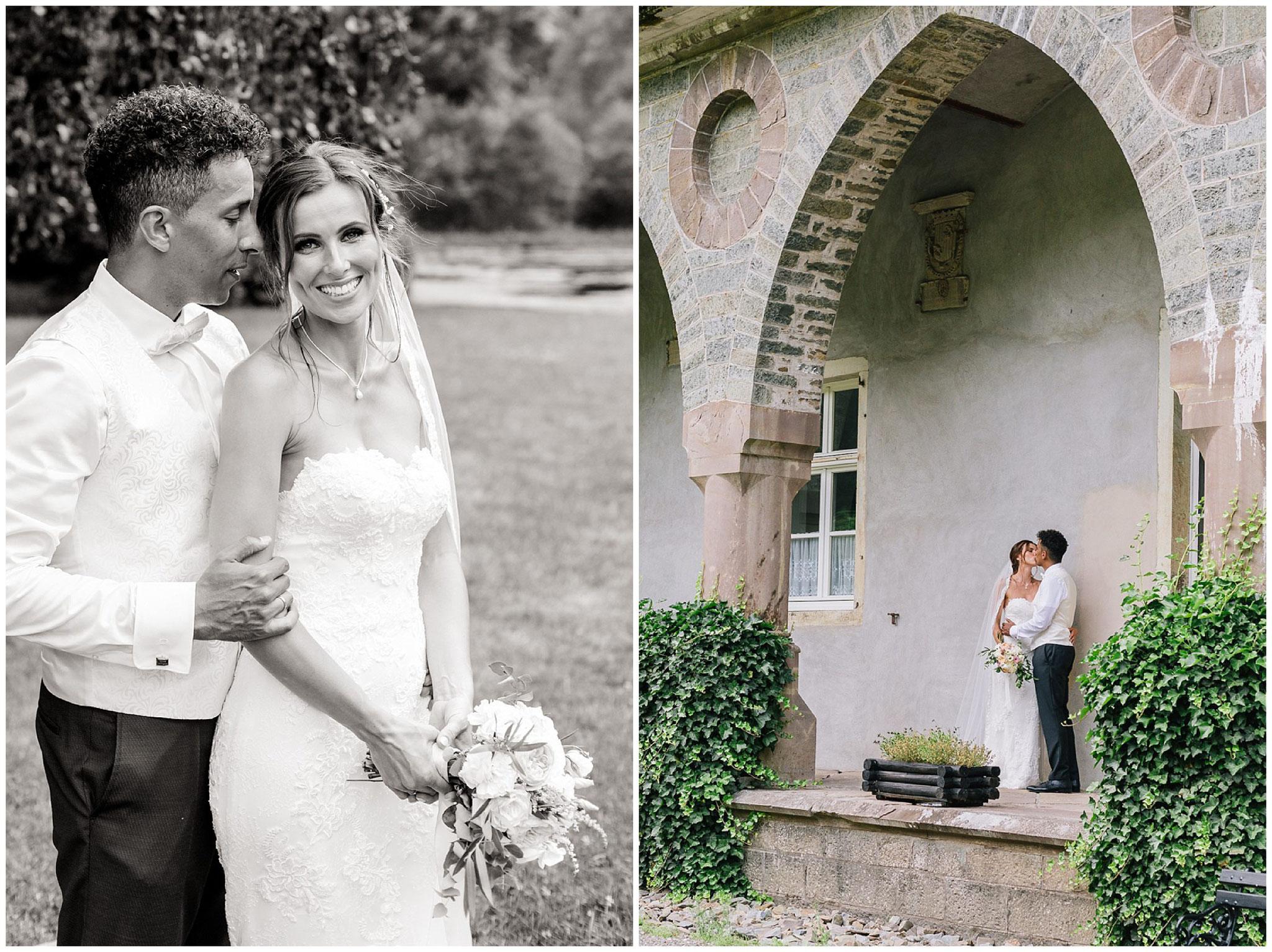 Brautpaar portrait schwarz weiß hochzeitsfotograf Engelskirchen industrial chic hochzeit fine art wedding Galerie Hammerwerk jane weber