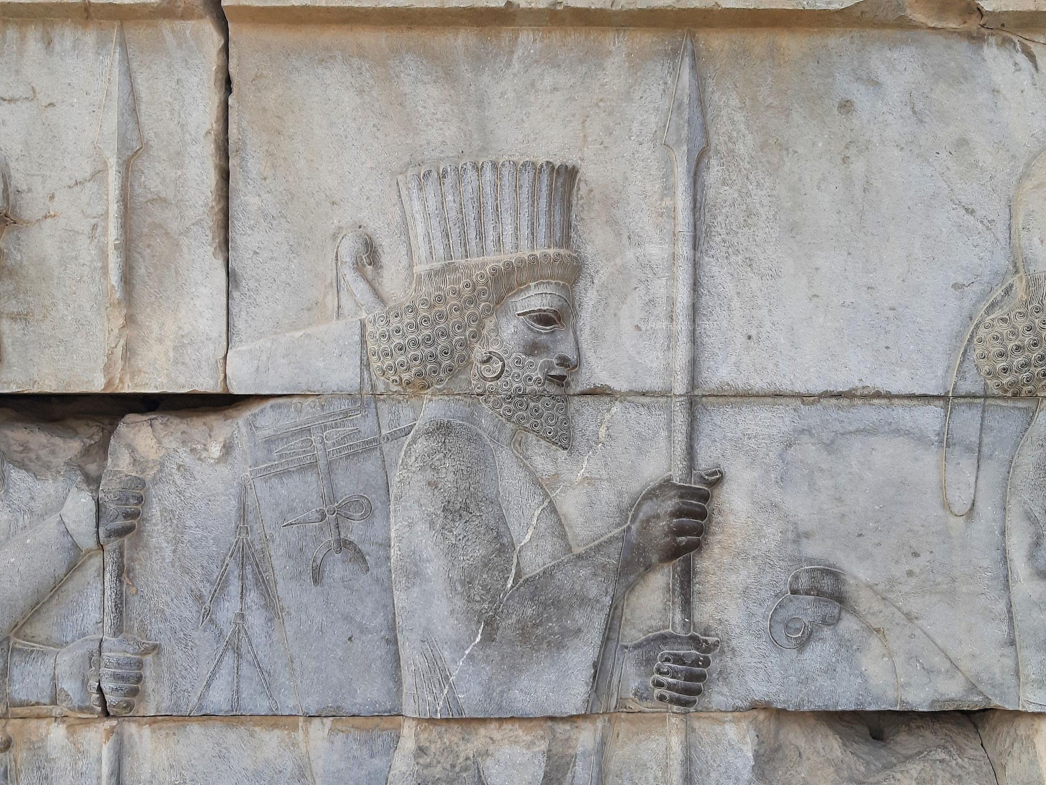 Dettaglio della scalinata d'accesso al Palazzo Triporte, o Tripylon - Persepoli (Iran)