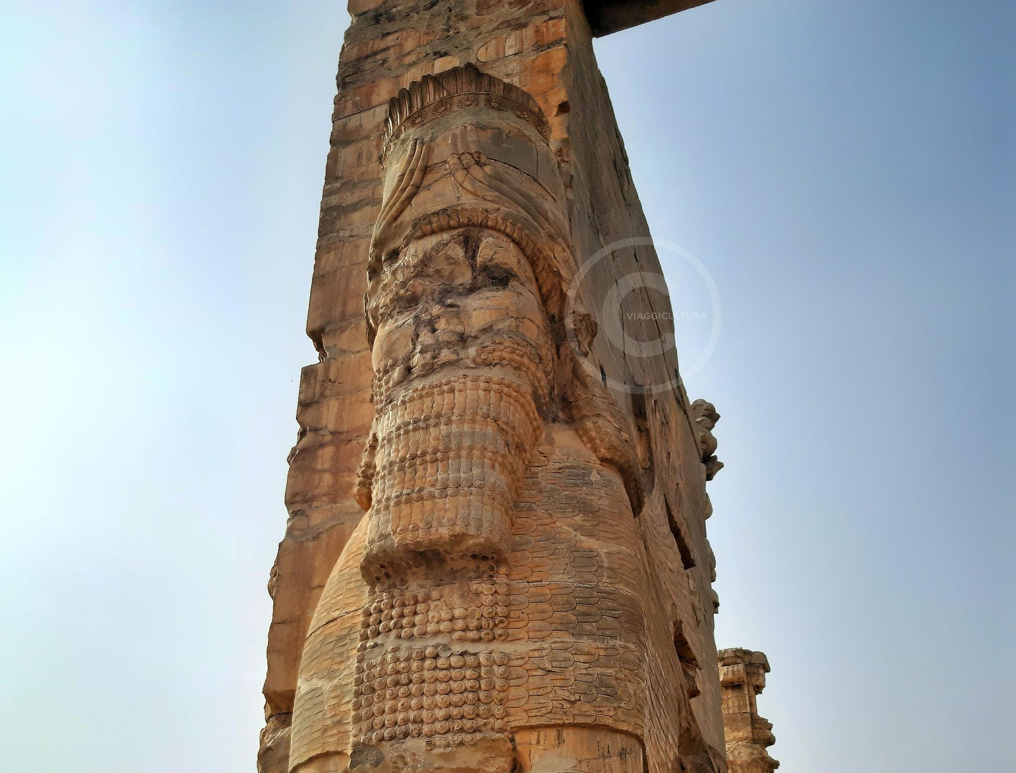 Secondo toro alato androcefalo, Porta di Tutte le Nazioni - facciata est, Persepoli (Iran)