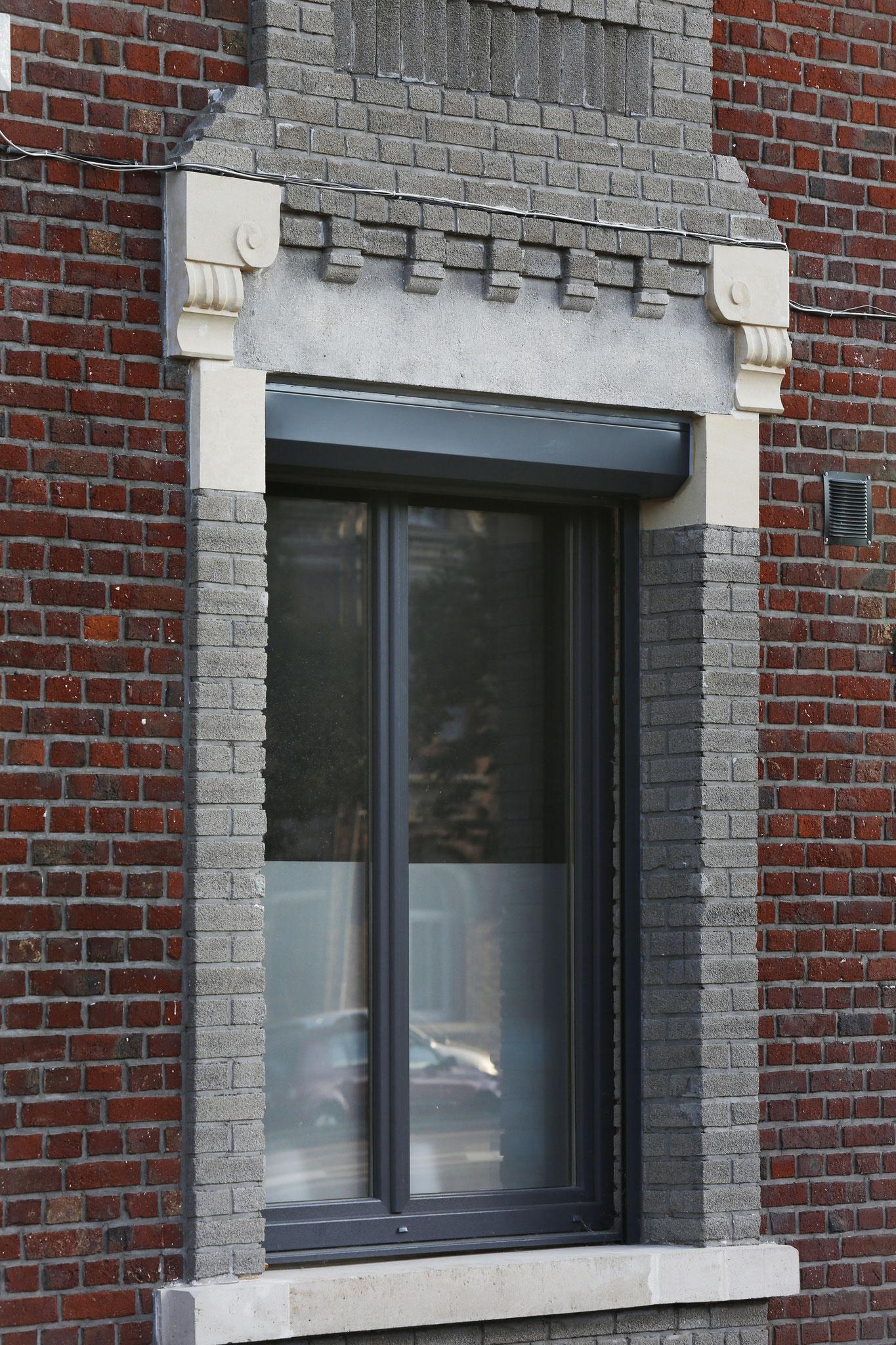 Claustra Bois Lames Orientables volets - sbi fenêtres et portes pvc -alu-bois-mixte stores