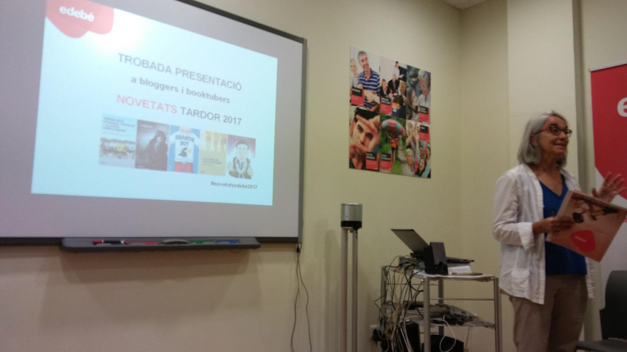 Marta Muntada ens dóna la benvinguda