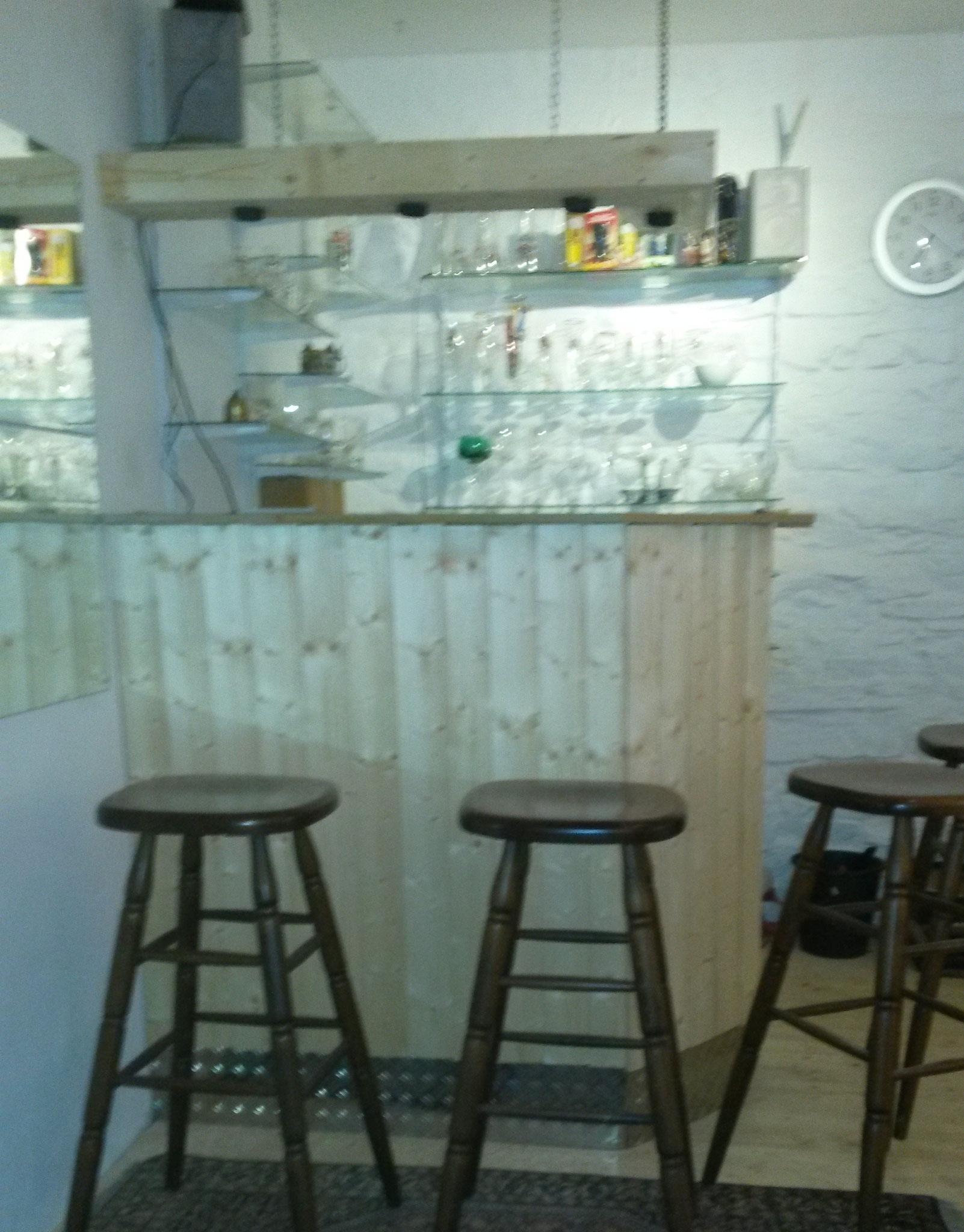 Noch nicht ganz fertig: Die Bar