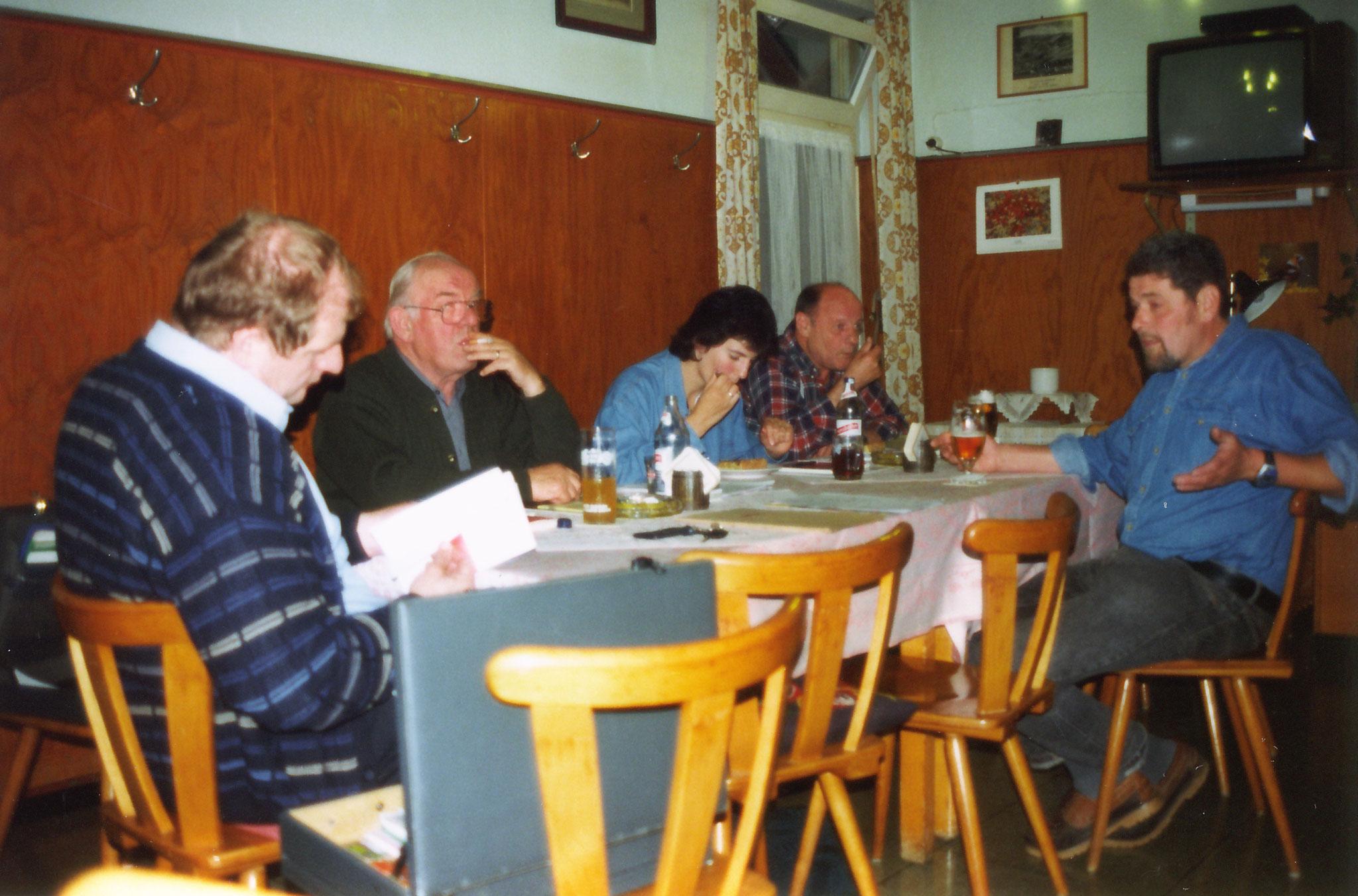 Vorstandsitzung im Gasthaus Sternen Kappel in den 1990 jahren