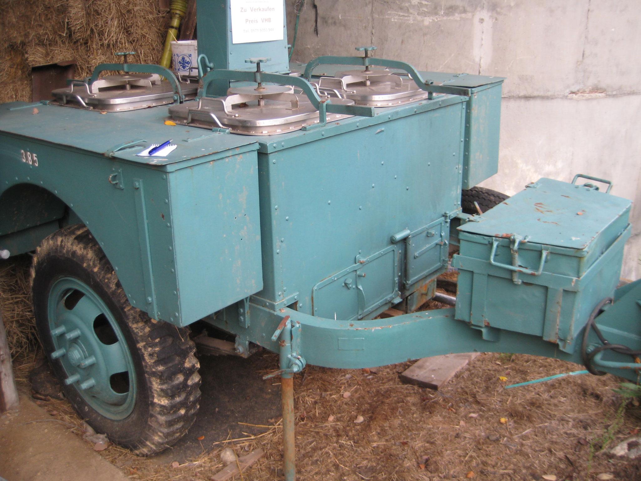 das war unsere erste Feldküche  wurde noch mit Kohle und Holz befeuert 1985