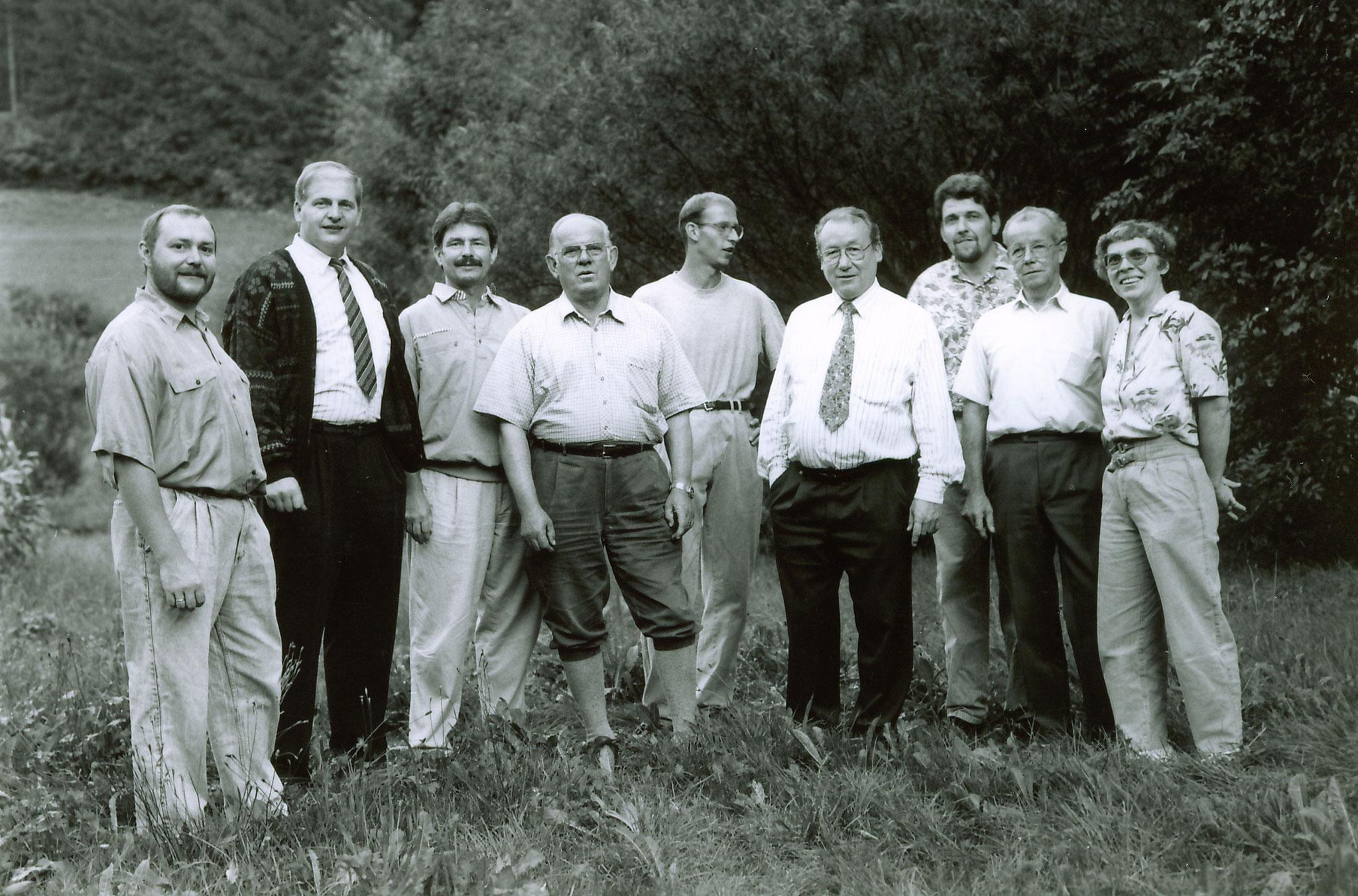 die Vorstandschaft im Jahr 1999 zum Jubiläumsfest 25 Jahre