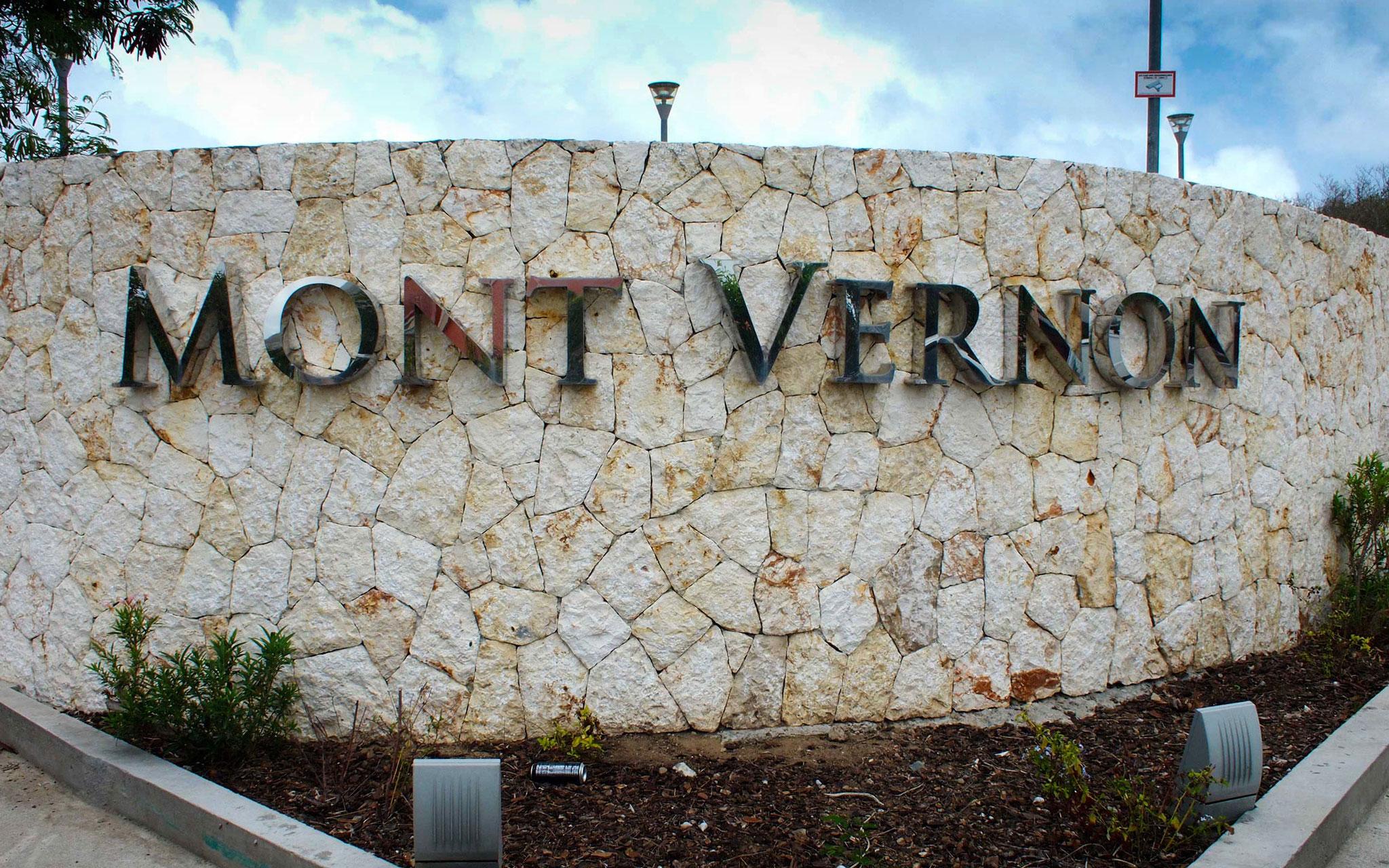 Main entrance Mont Vernon