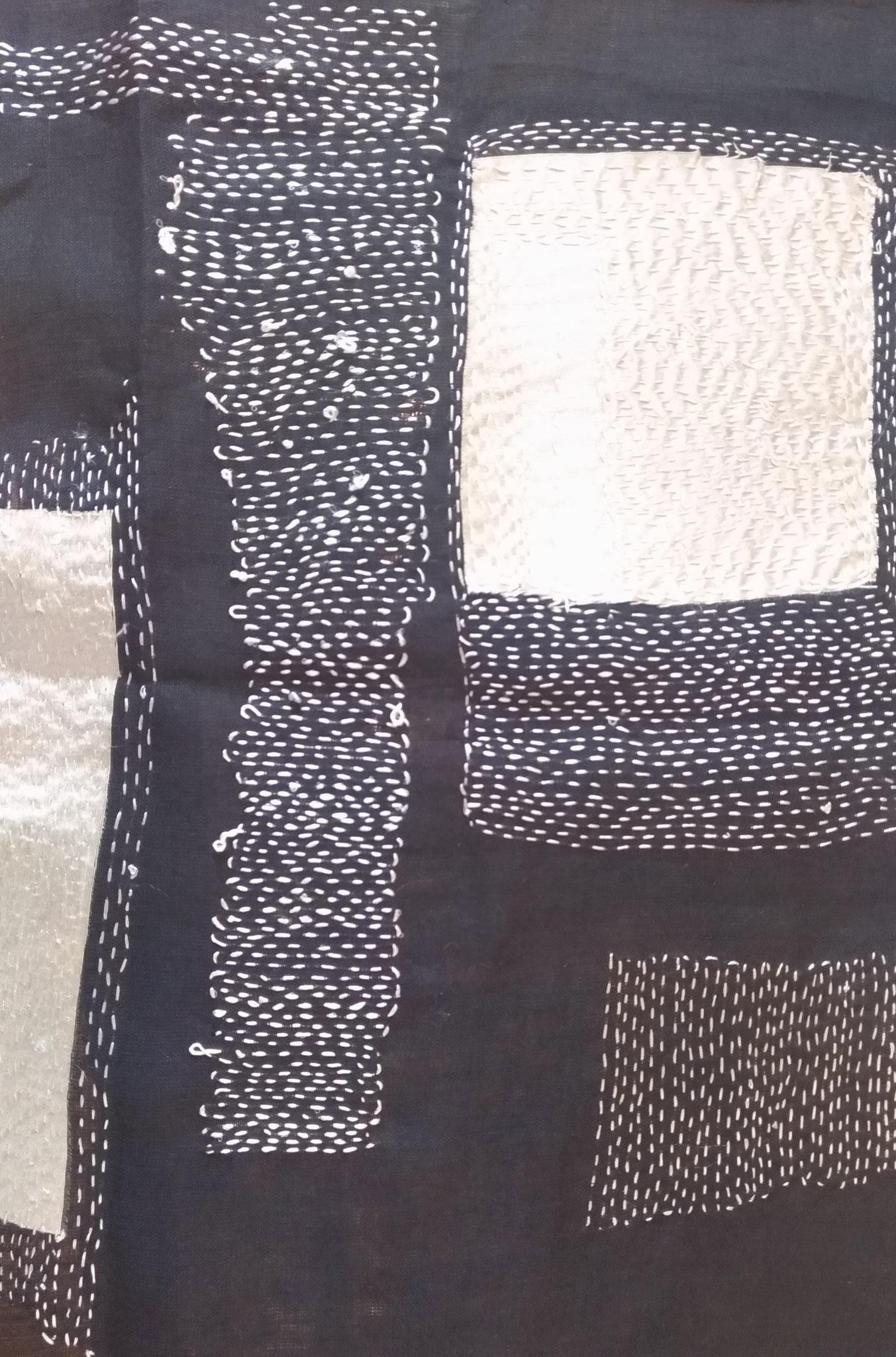 Fil de soie sur tissu en lin - 36x32cm