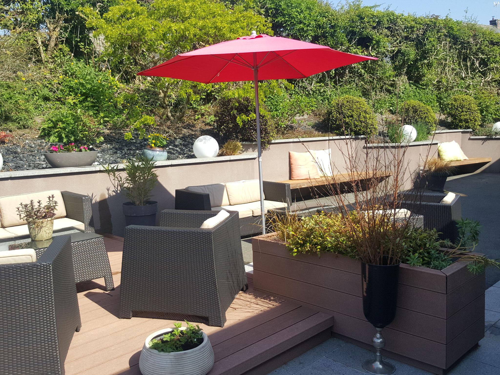 terrasse extérieur sous le soleil