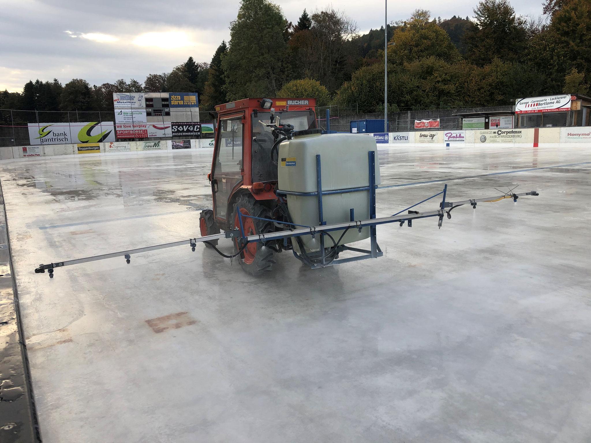 Auftrag der Kreide vor dem Eisaufbau