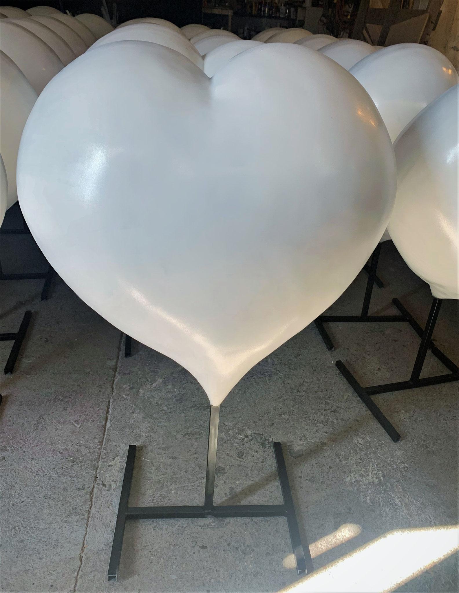 Corazón Gigante fibra de vidrio