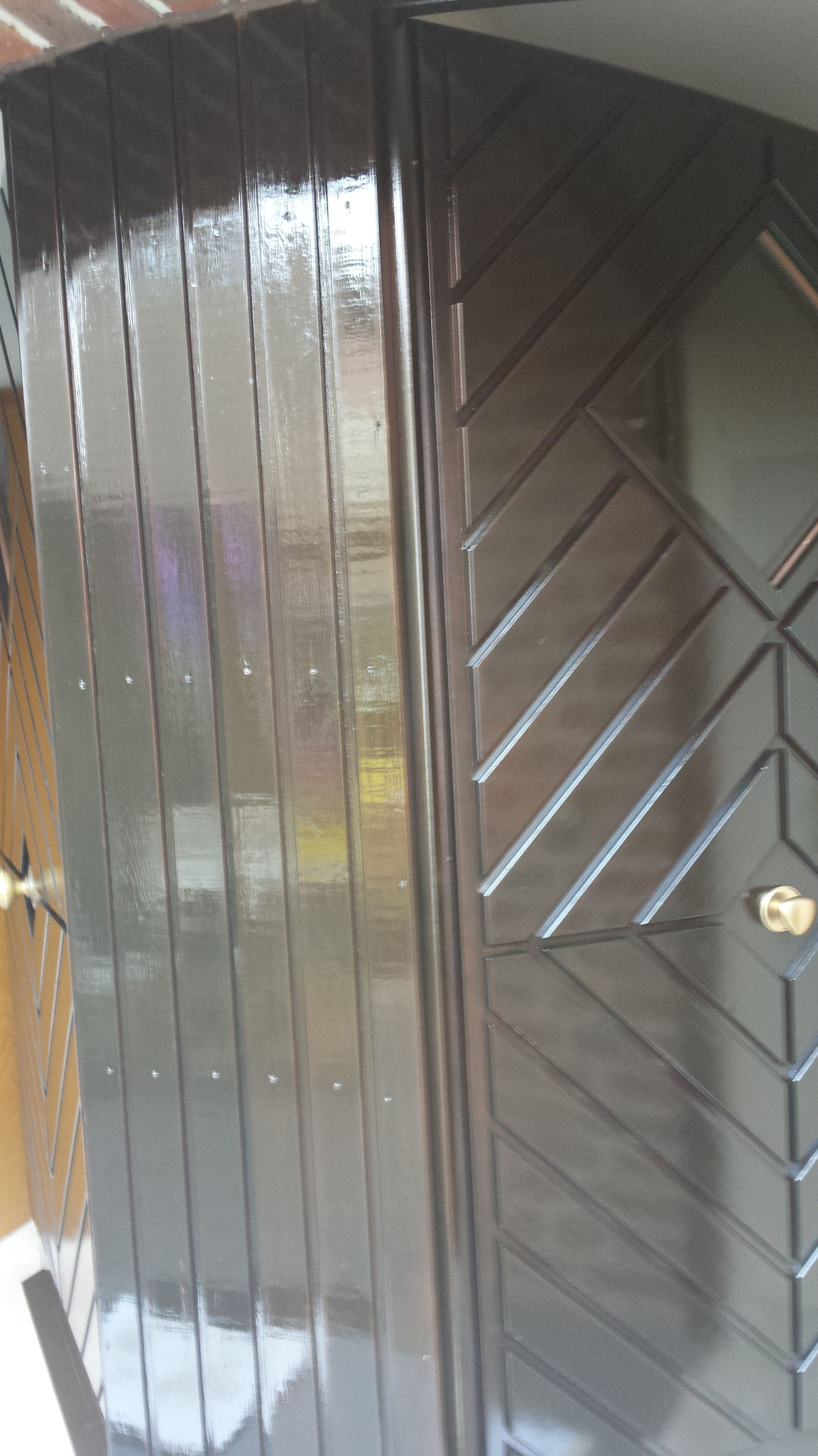 3.Bild 2 Eingangstür in Dickschichtlasur