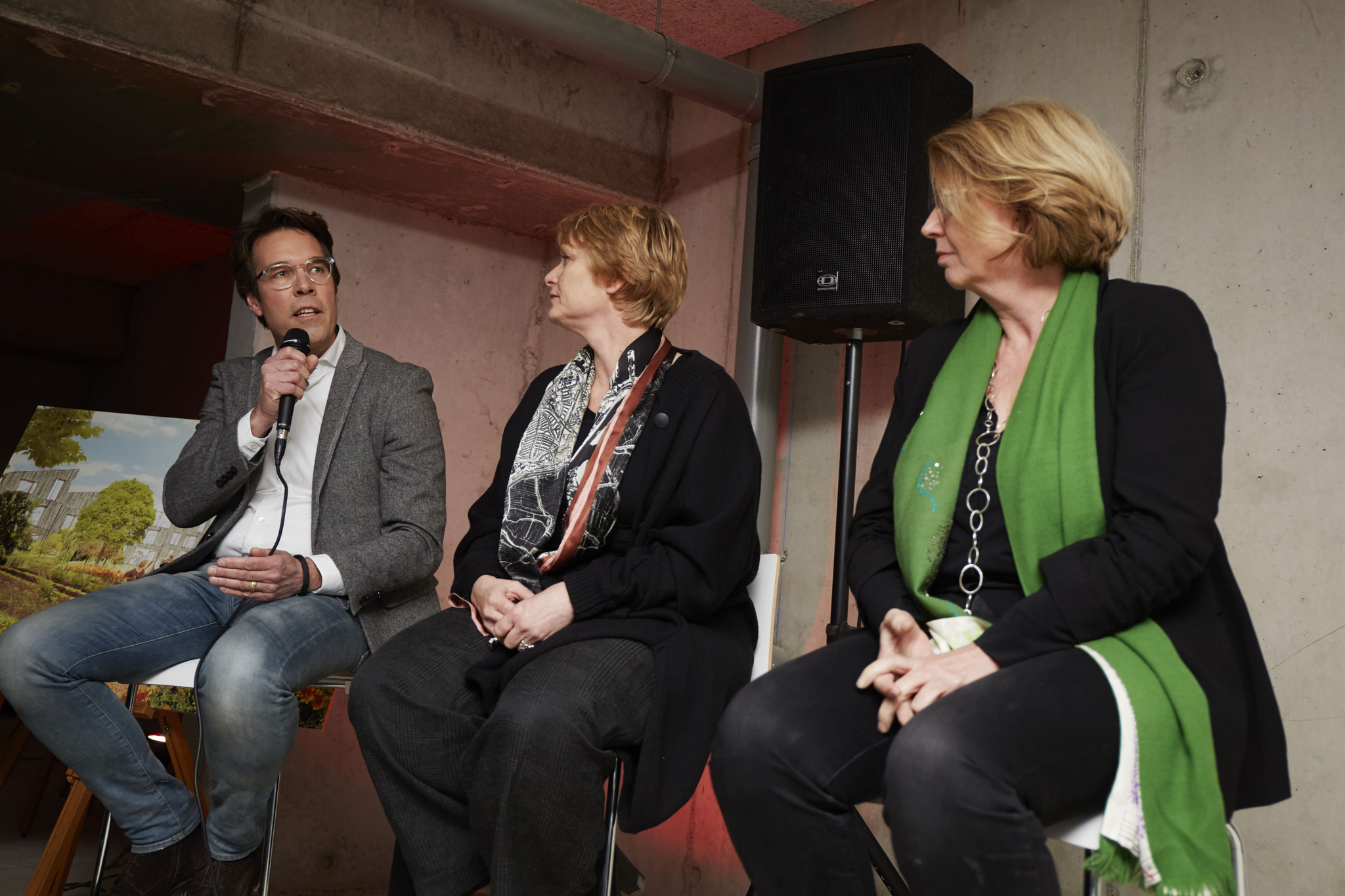 Panelgesprek met Michiel Kint, Loes Oudenaarde en Marianne Loof.