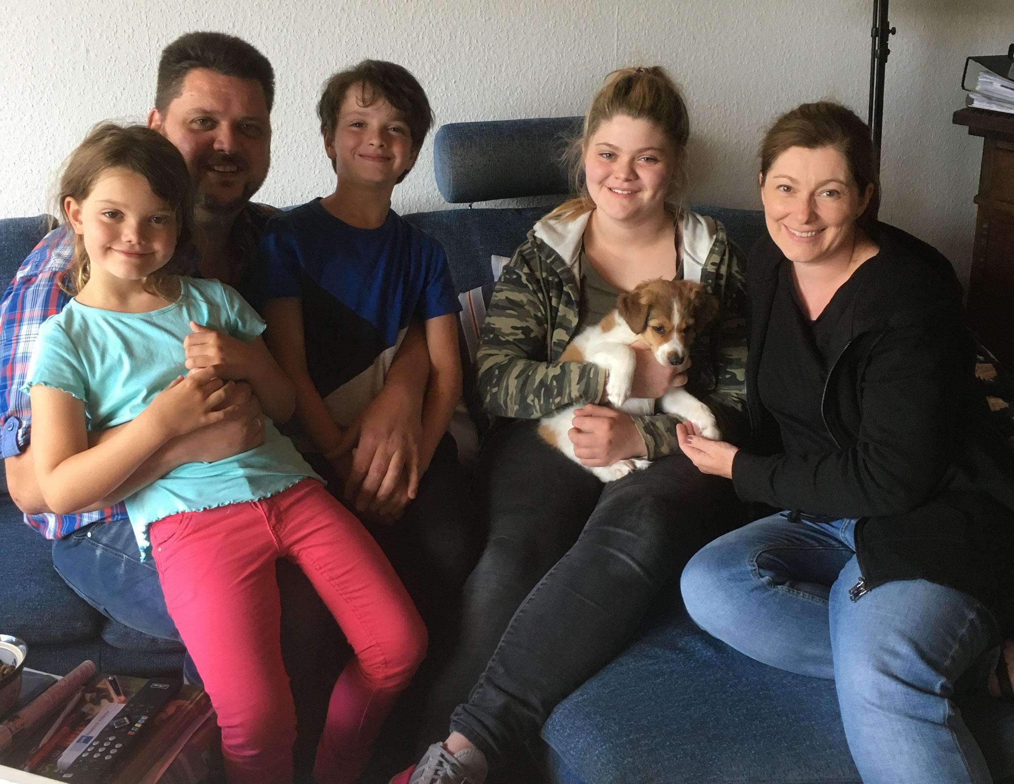 Bailey wohnt jetzt bei Christina, Frank, Juna, Maja und Leo in Selters-Haintchen