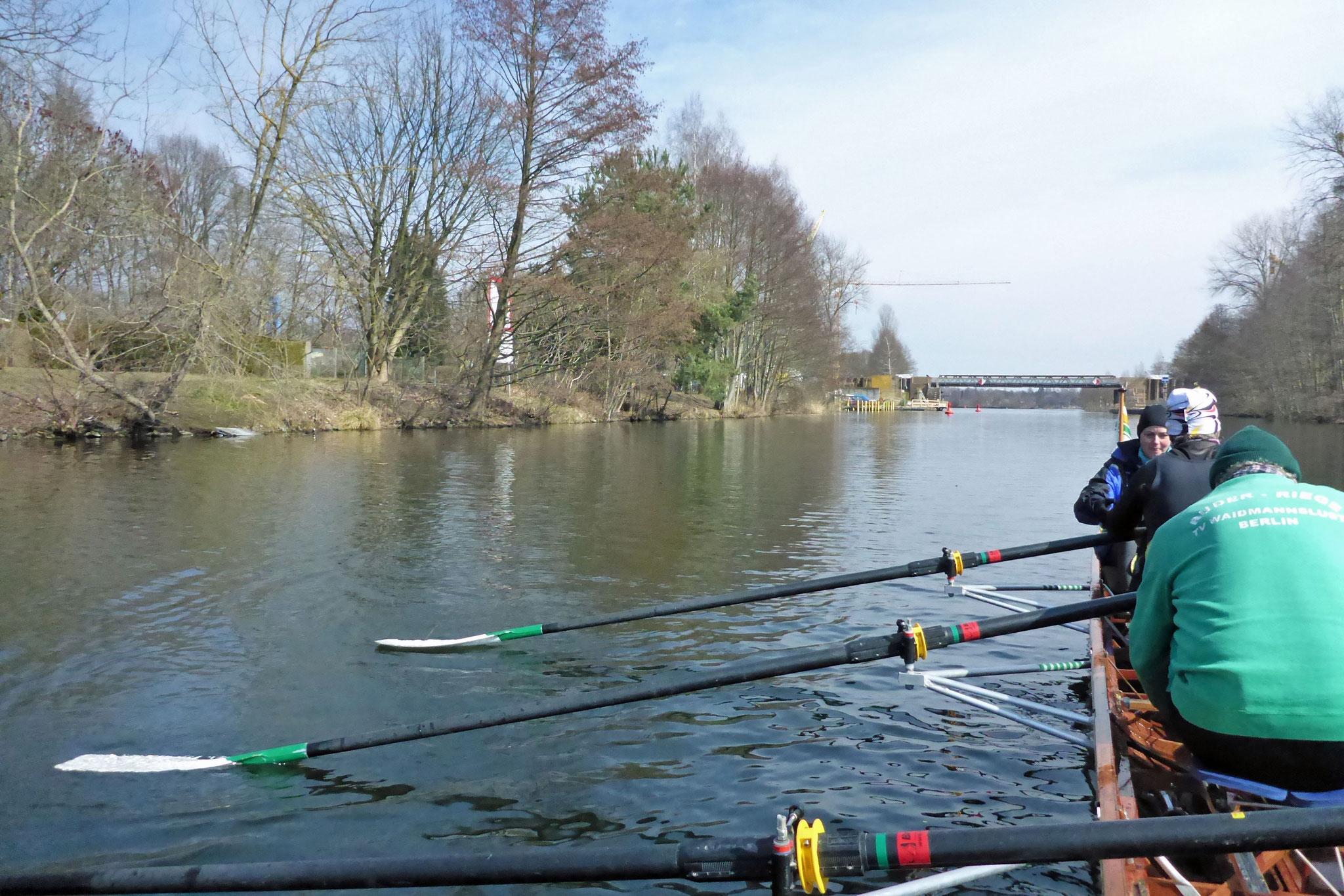 auf dem Havelkanal