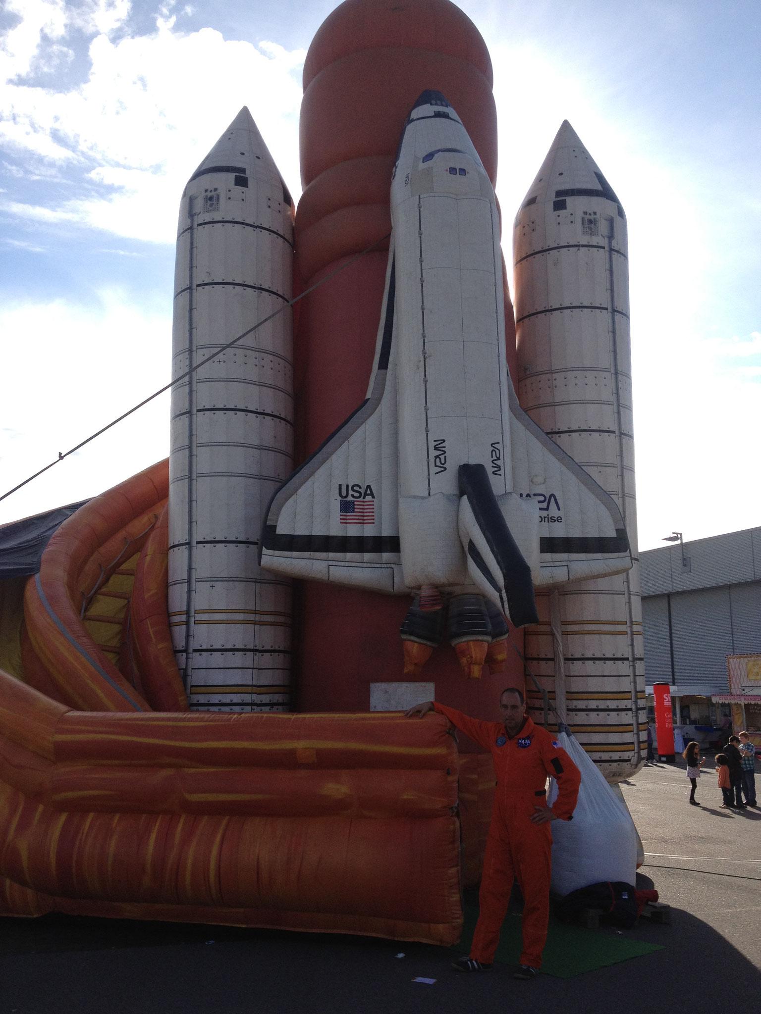 Space Shuttle, Platzbedarf 10x8x11 Meter