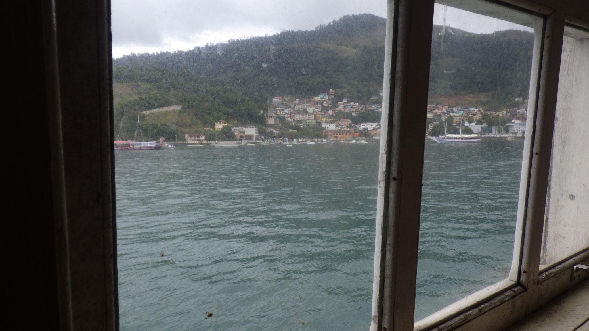 Le ferry pour Ilha Grande